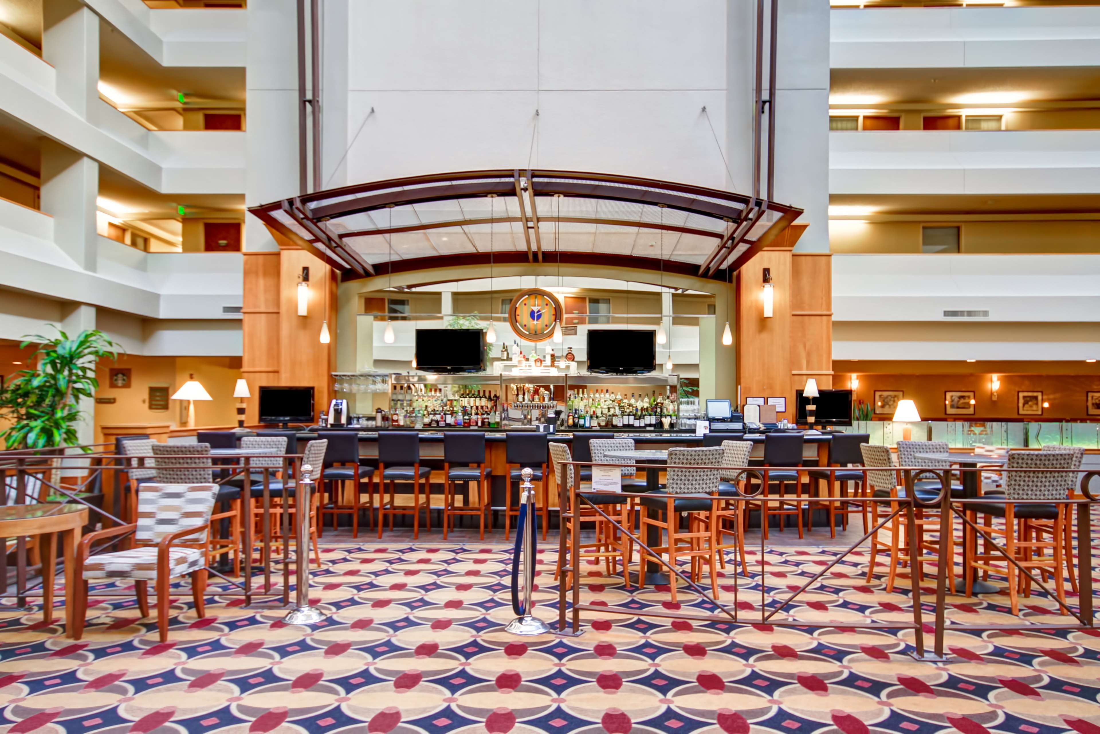 DoubleTree Suites by Hilton Hotel Seattle Airport - Southcenter image 21