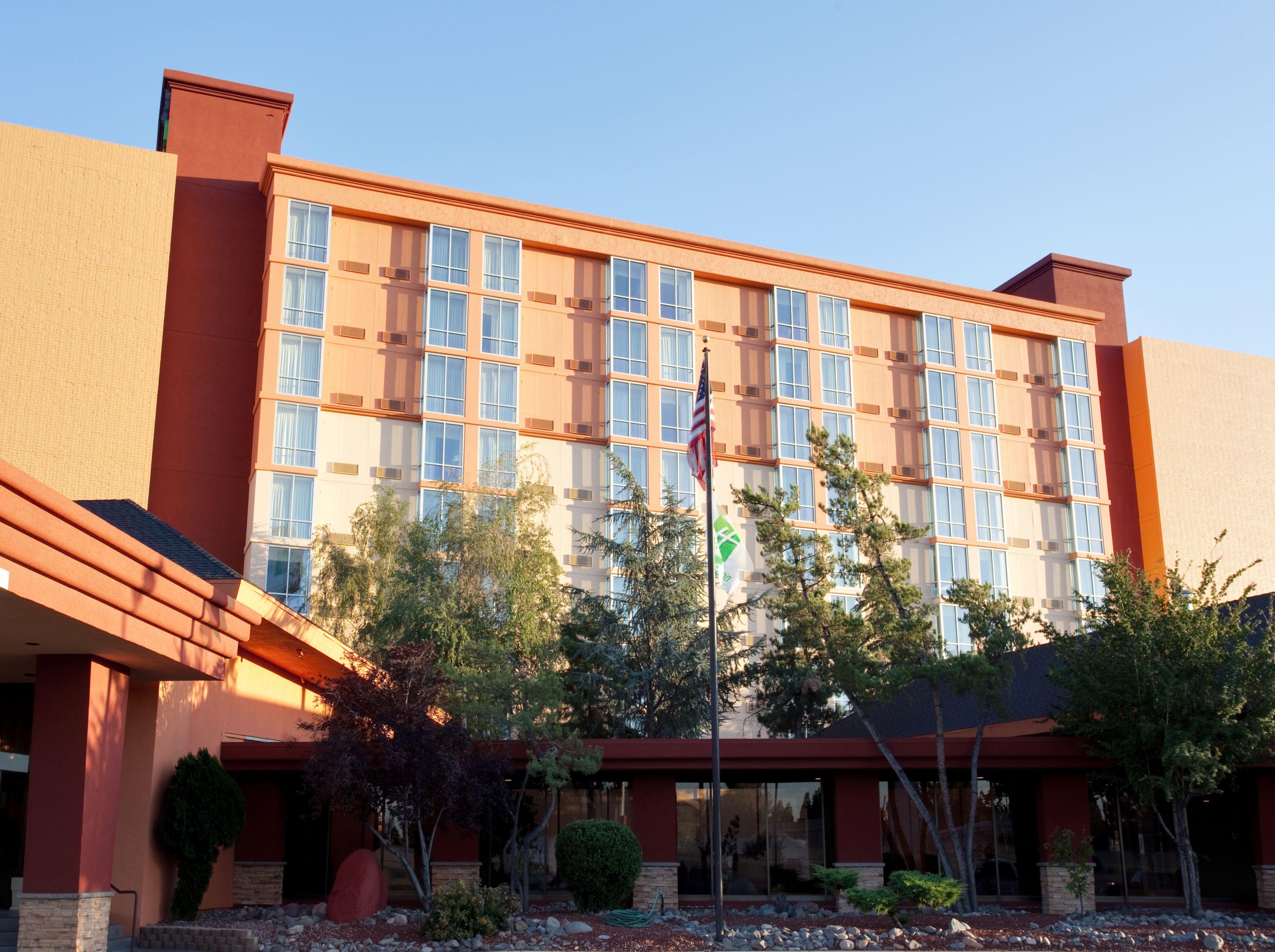 Holiday Inn Reno-Sparks image 5