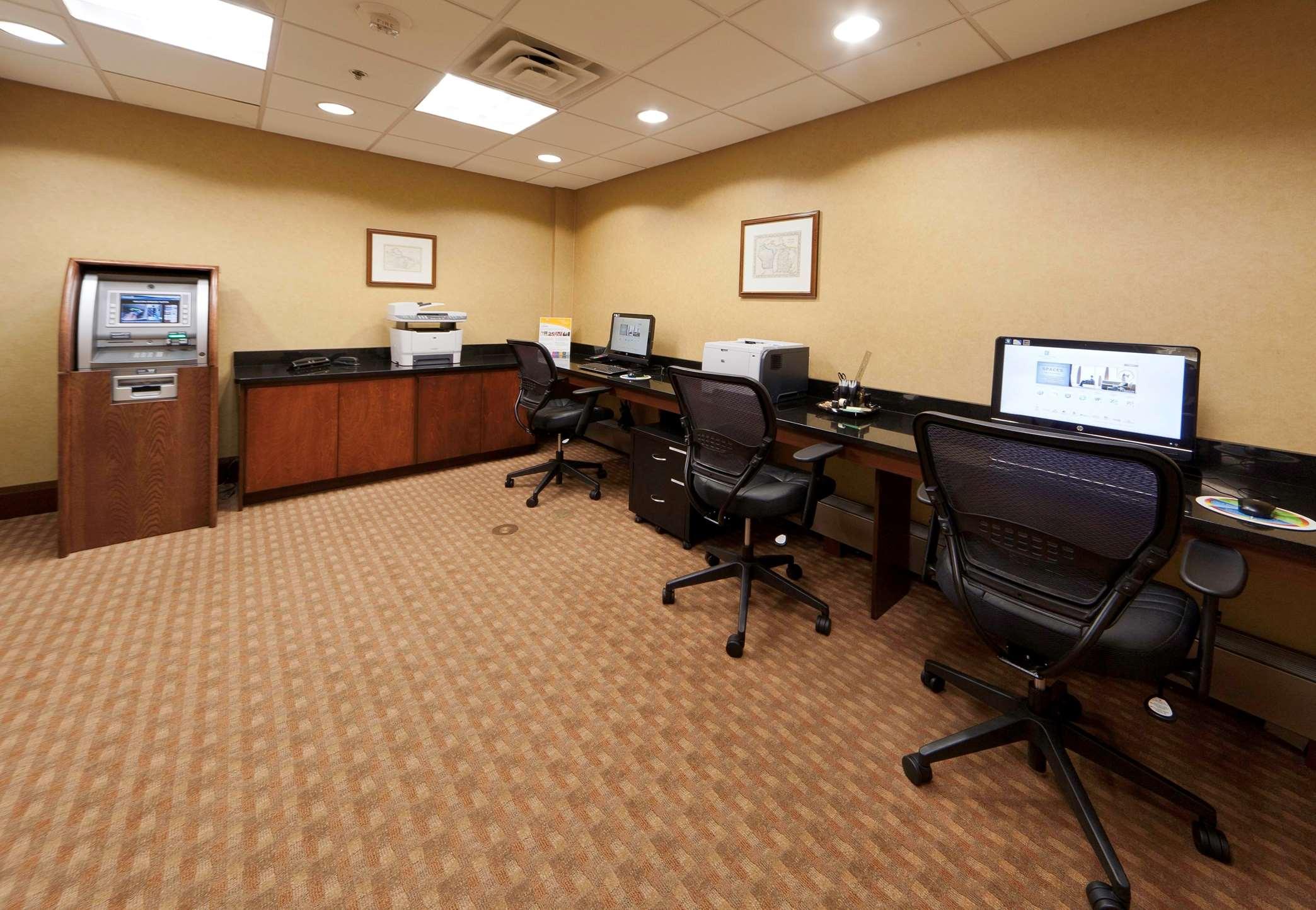 Embassy Suites by Hilton Detroit Troy Auburn Hills image 39