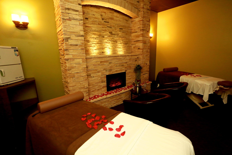 Massage green spa orange in orange ct whitepages for Salon orange