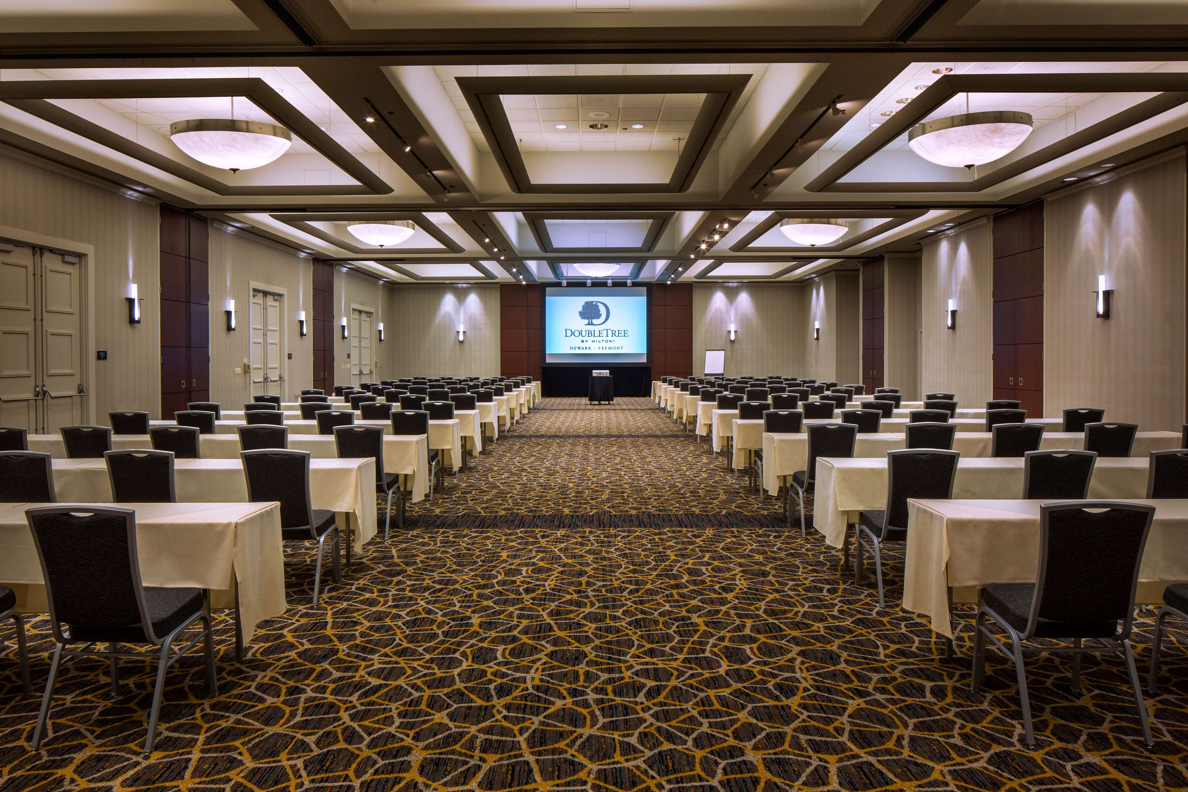DoubleTree by Hilton Hotel Newark - Fremont image 43