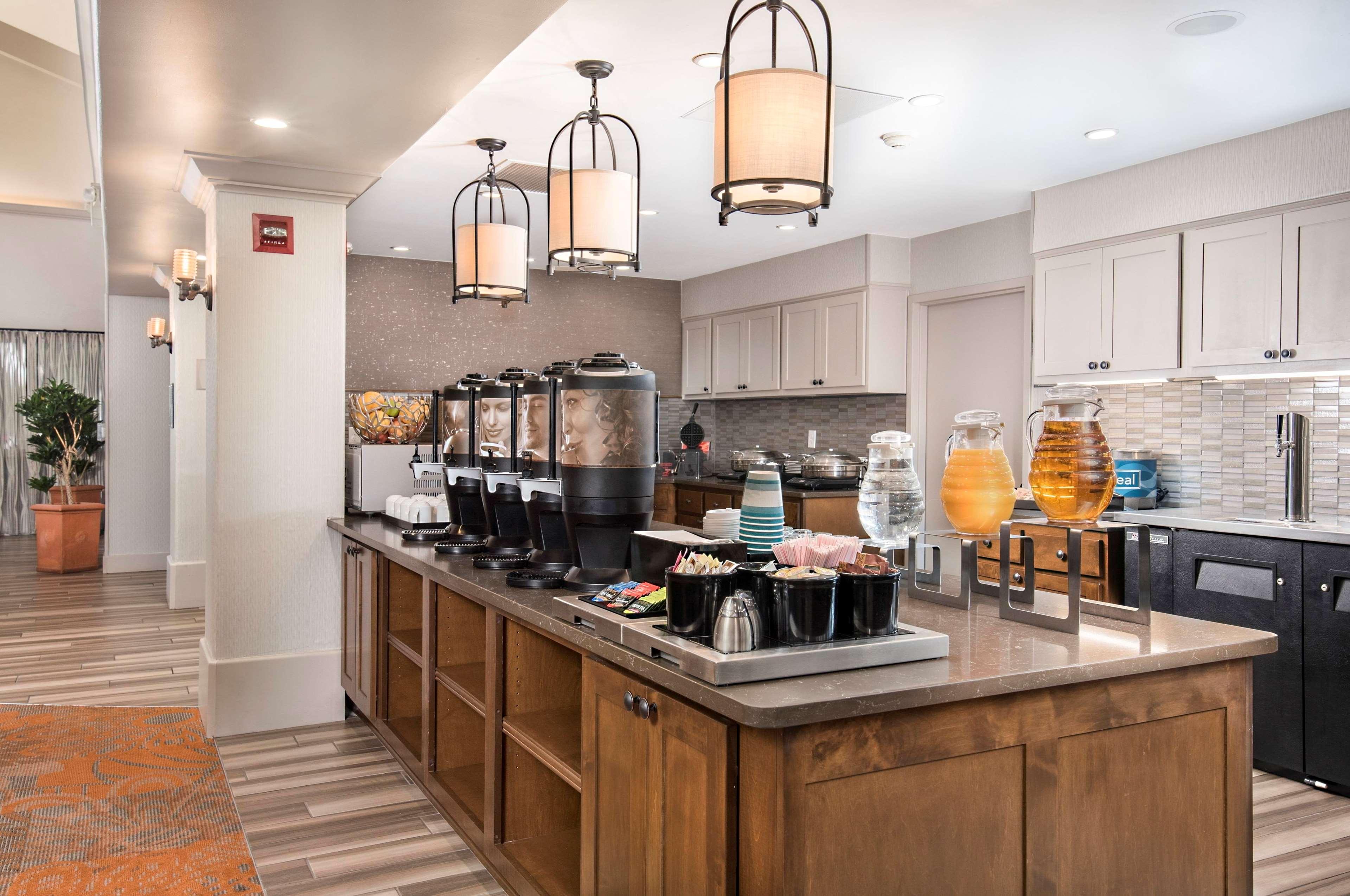 Homewood Suites by Hilton Austin-South/Airport image 3