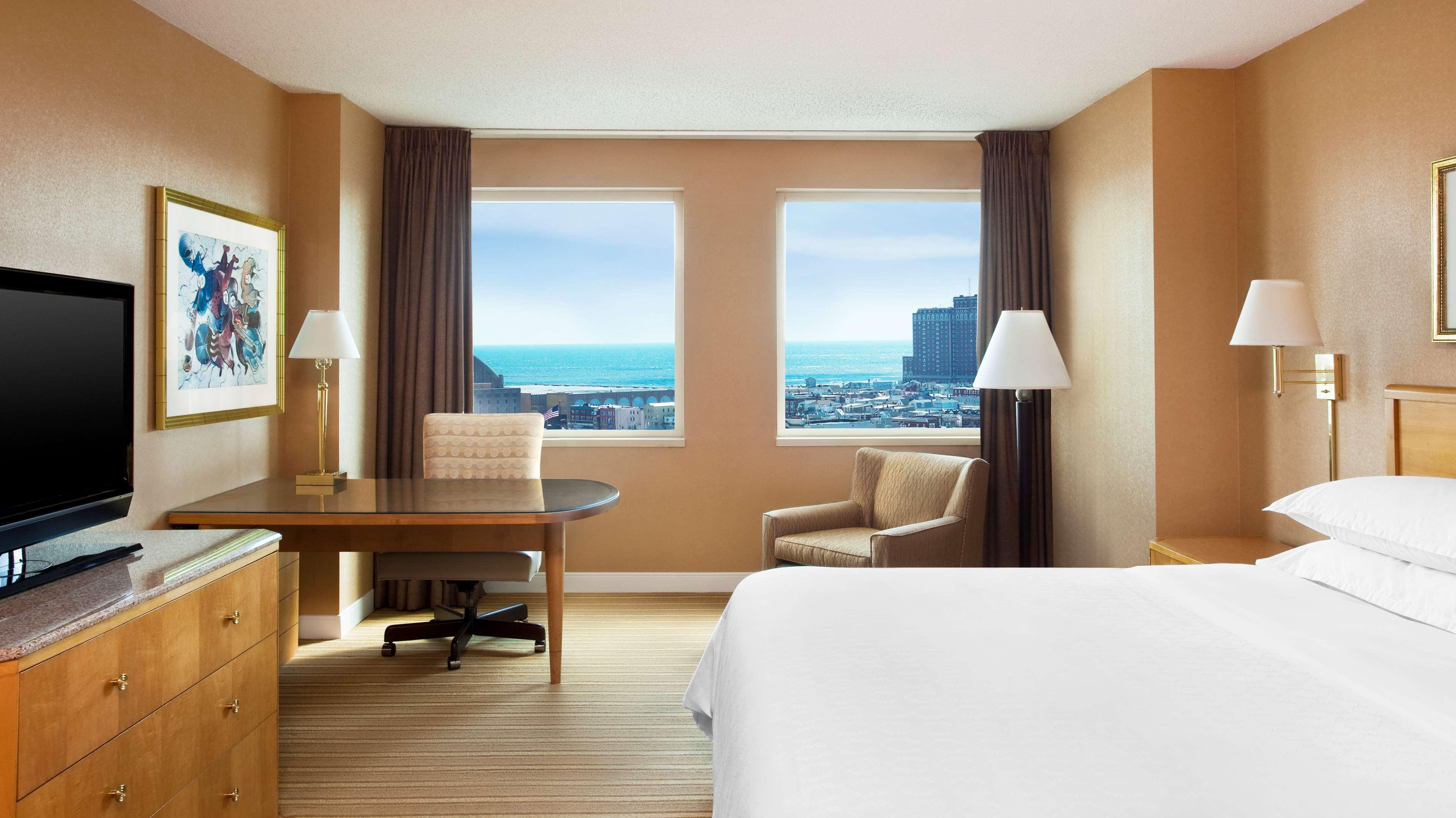 Sheraton Atlantic City Convention Center Hotel image 9
