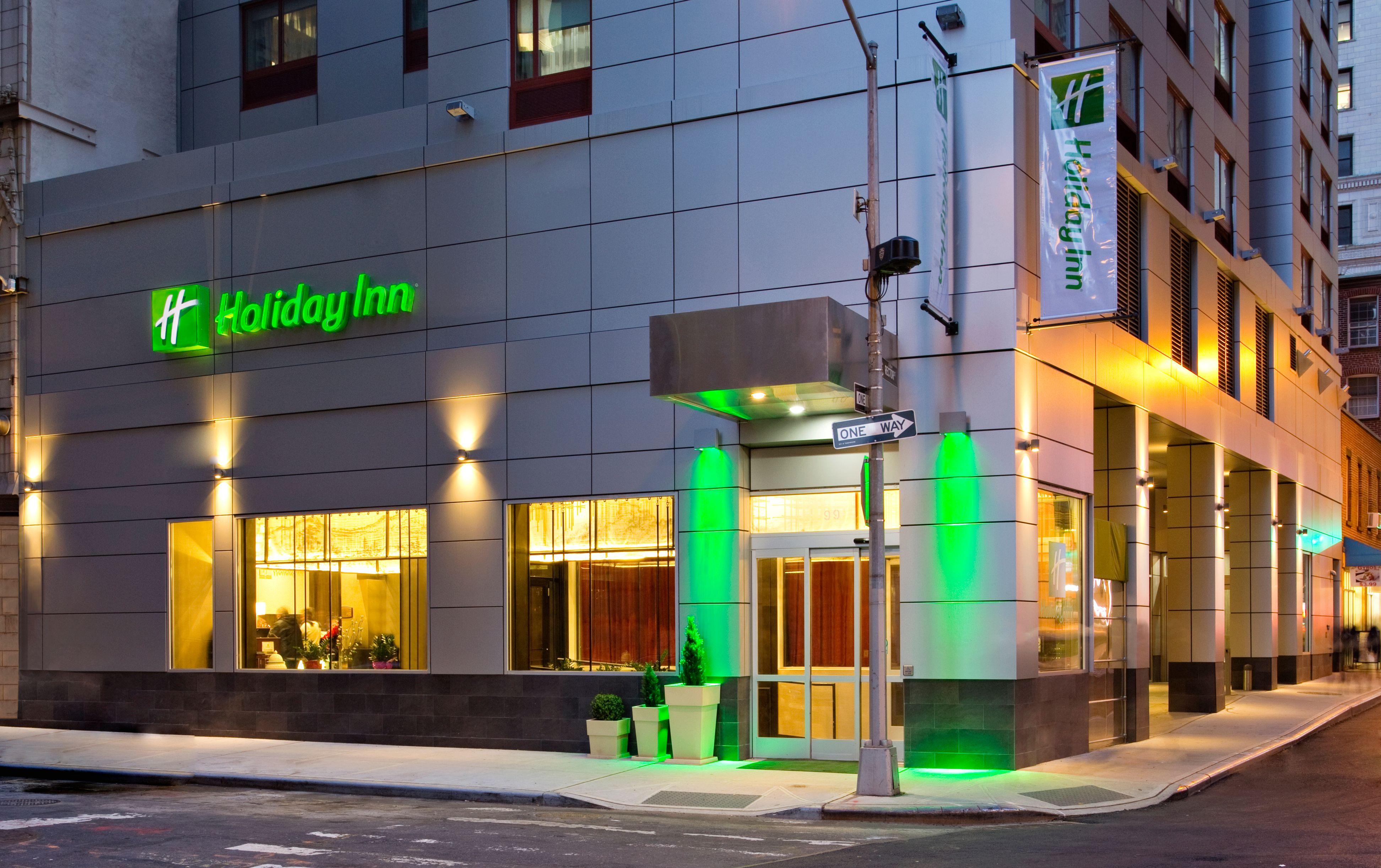 Holiday Inn Manhattan-Financial District image 3