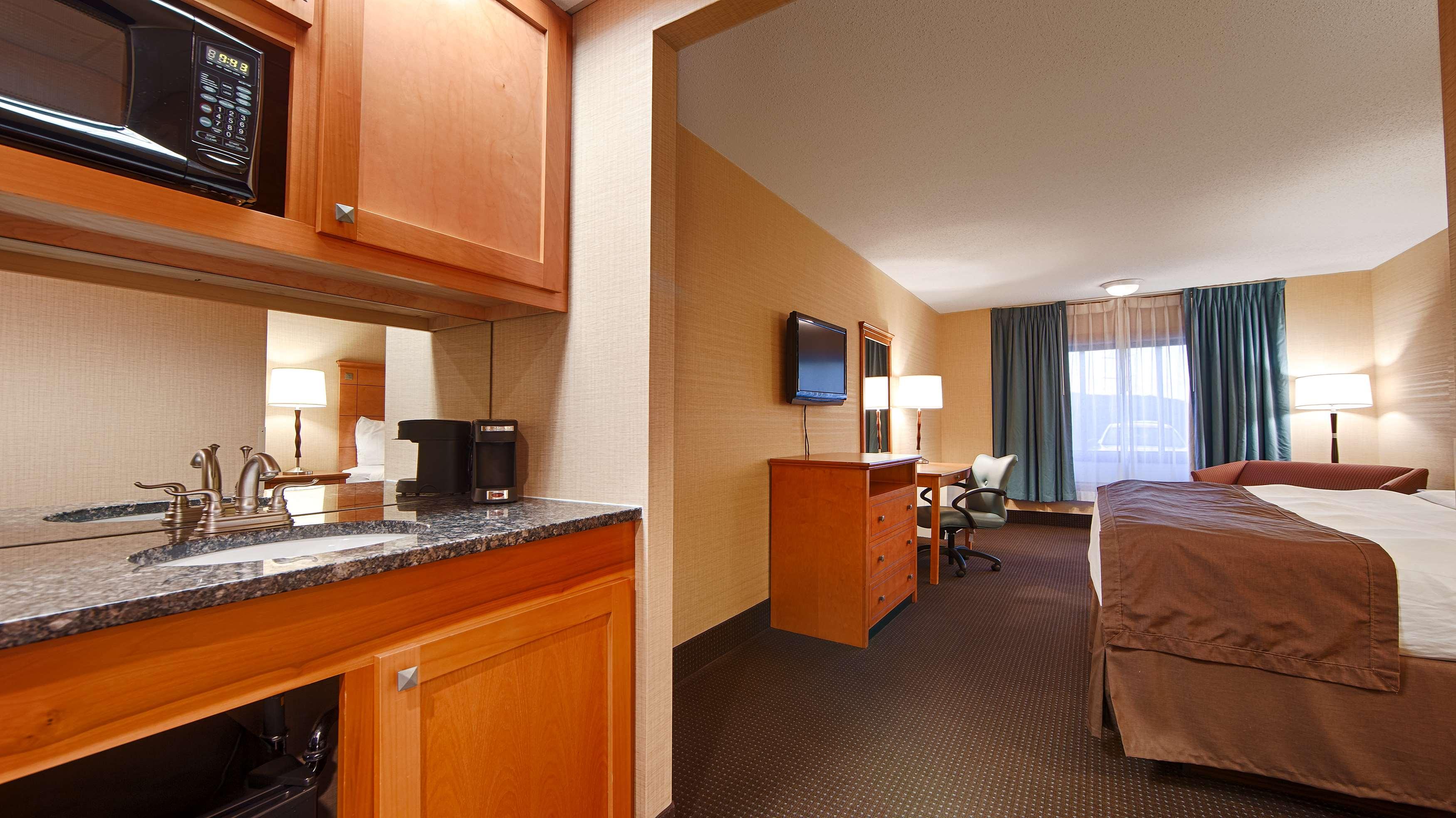 Best Western Danbury Bethel 11 Stony Hill Rd Ct Hotels Motels Mapquest
