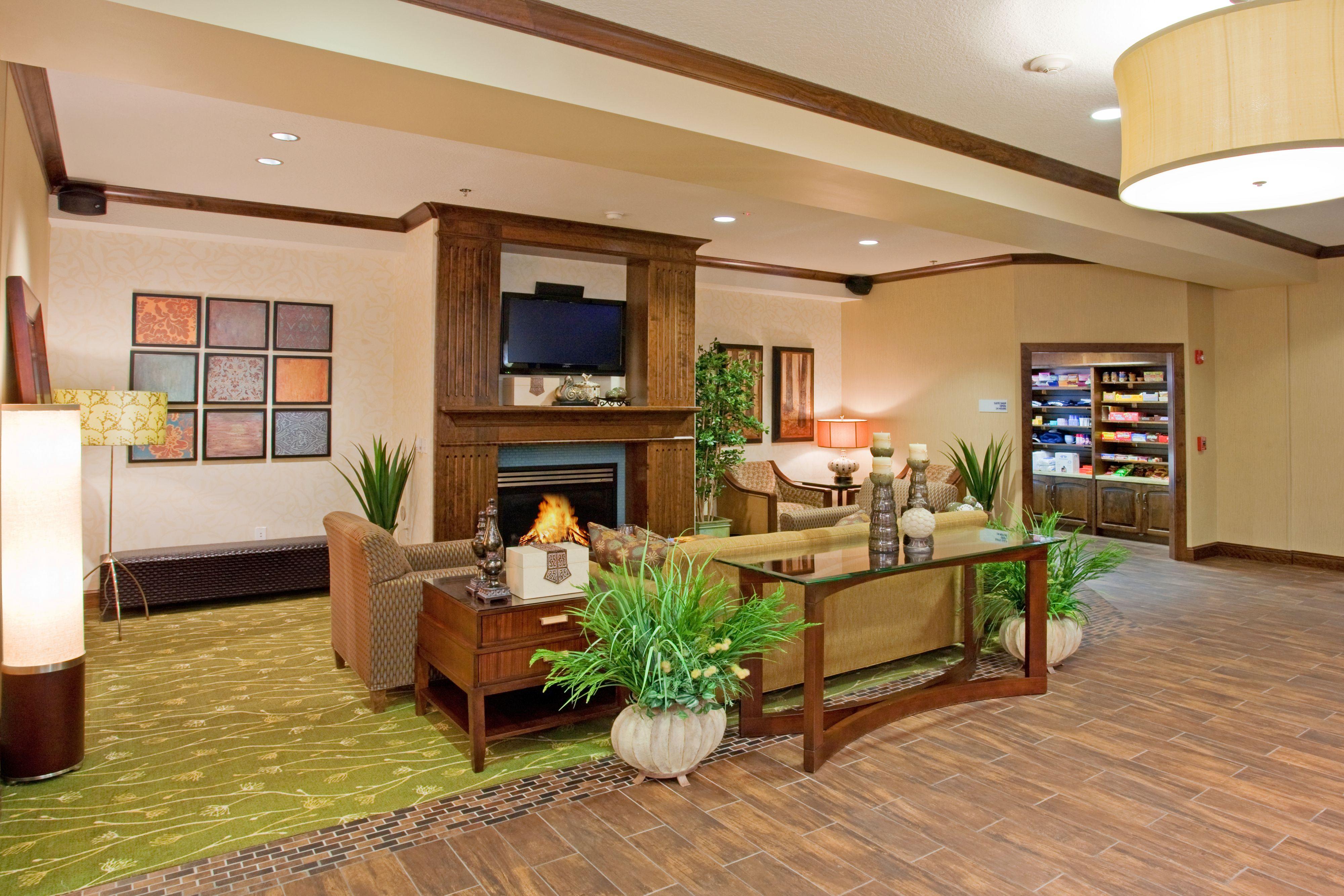 Holiday Inn Express & Suites Logan image 4