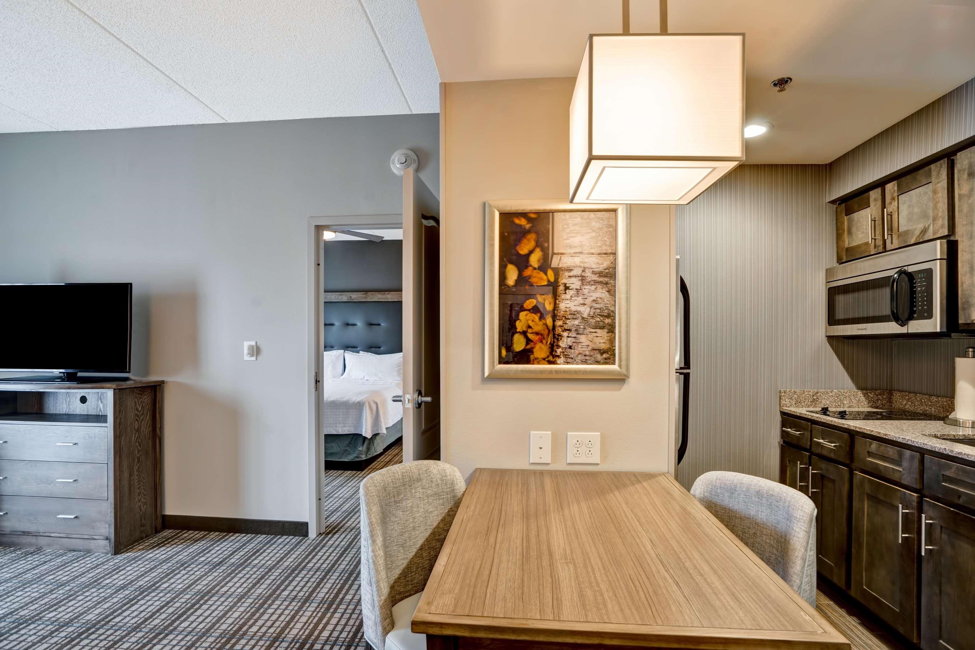 Homewood Suites by Hilton Nashville Franklin Cool Springs image 3