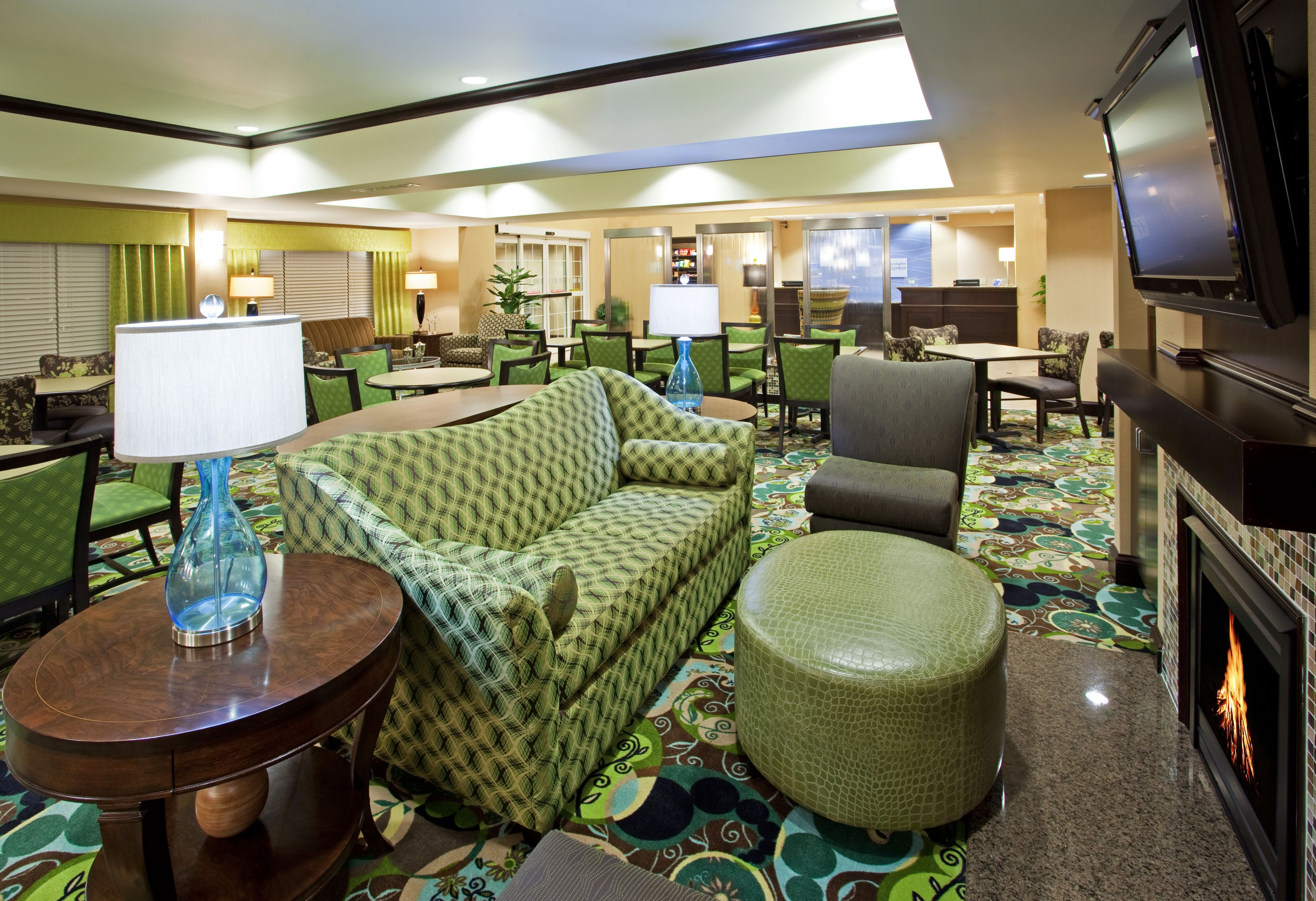 Holiday Inn Express Columbus - Dublin image 4