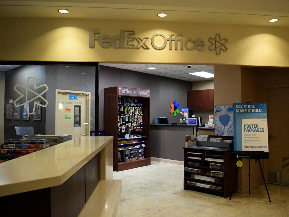 Fedex Office Print Amp Ship Center In Lake Buena Vista Fl