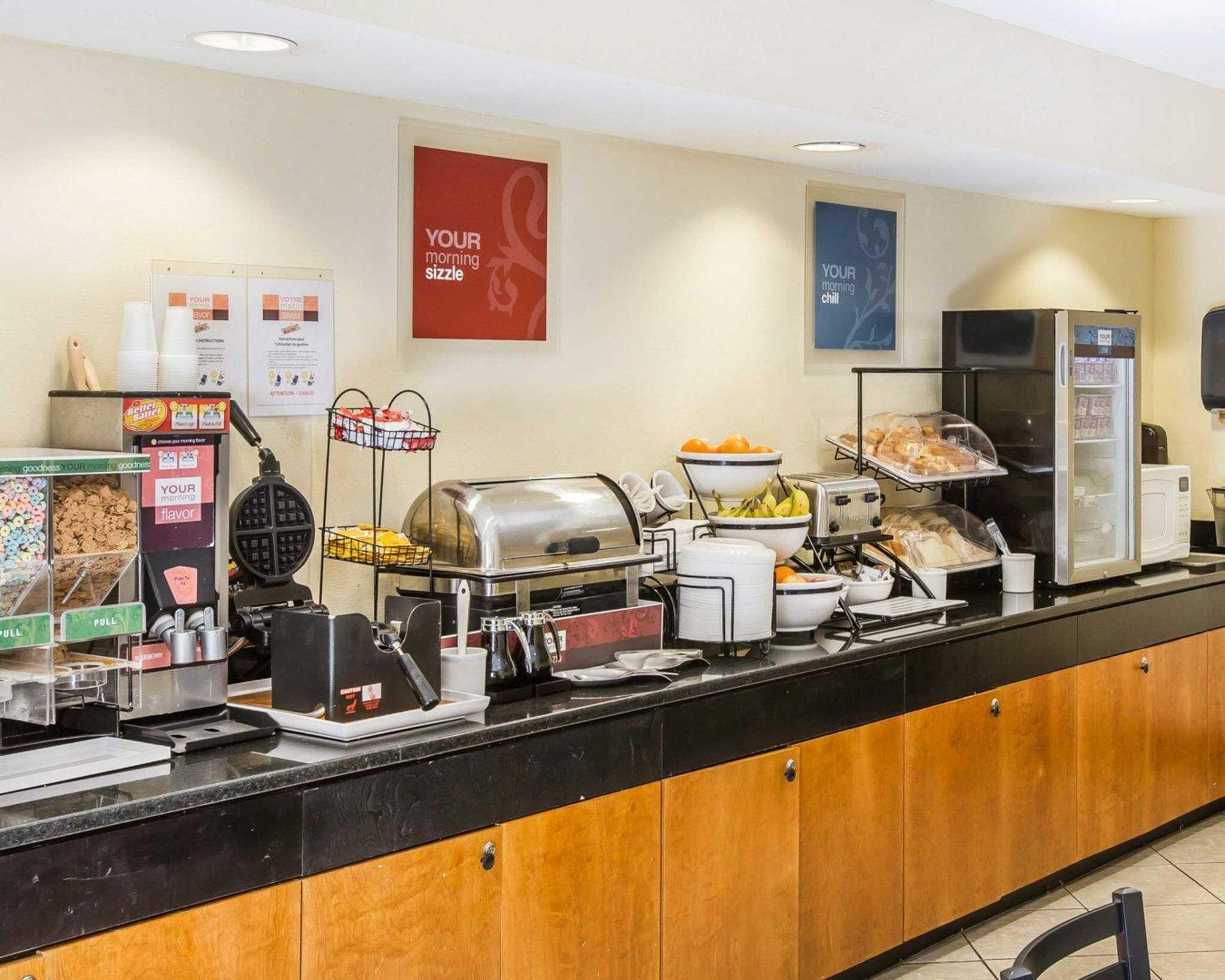Quality Inn Darien-North Brunswick image 23