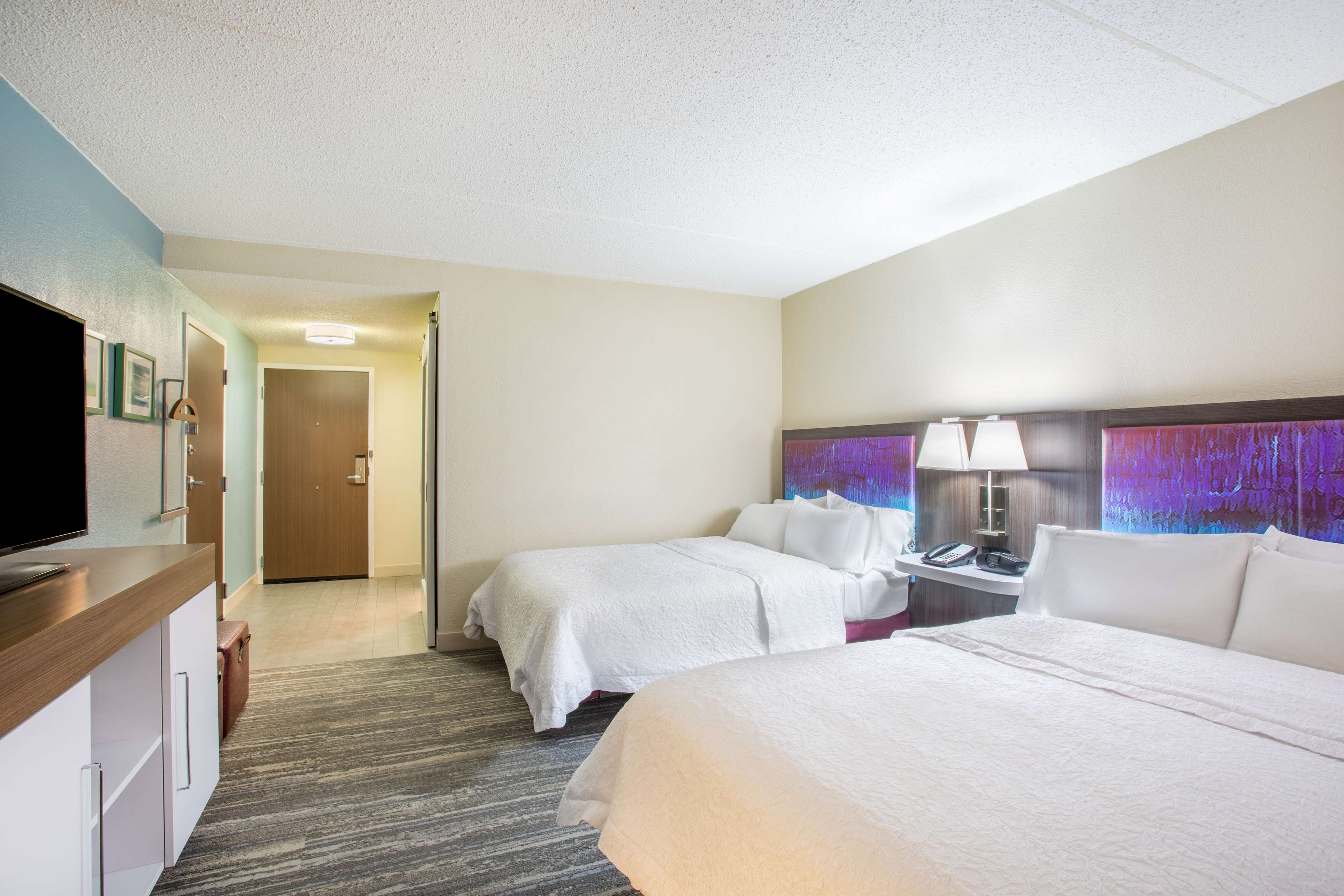 Hampton Inn Fishkill image 25