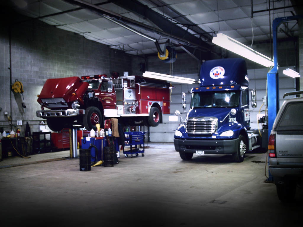 Auto Tow Roadside Assistance & Complete Auto Truck Repair image 1