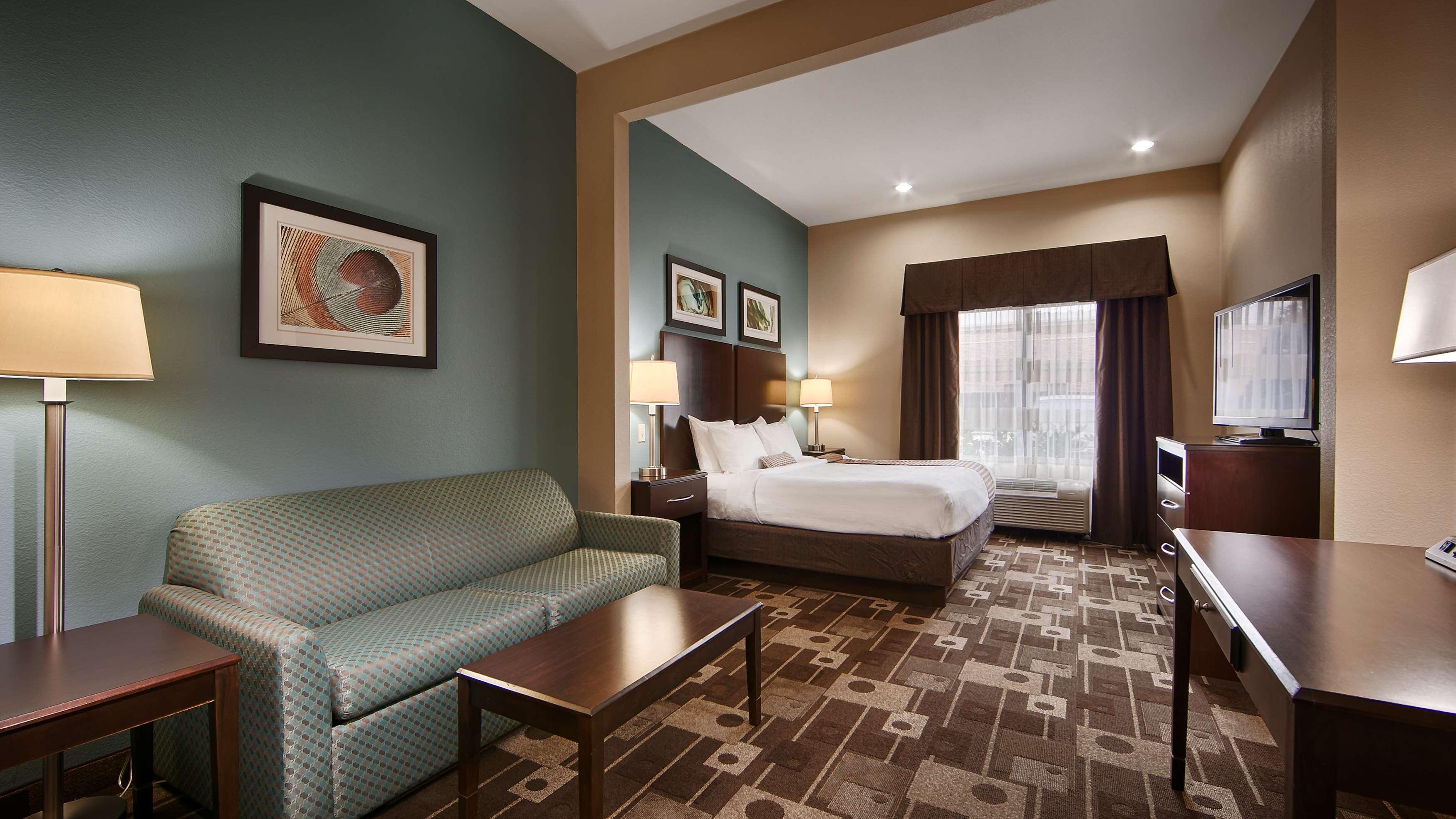 Best Western Plus JFK Inn & Suites image 13