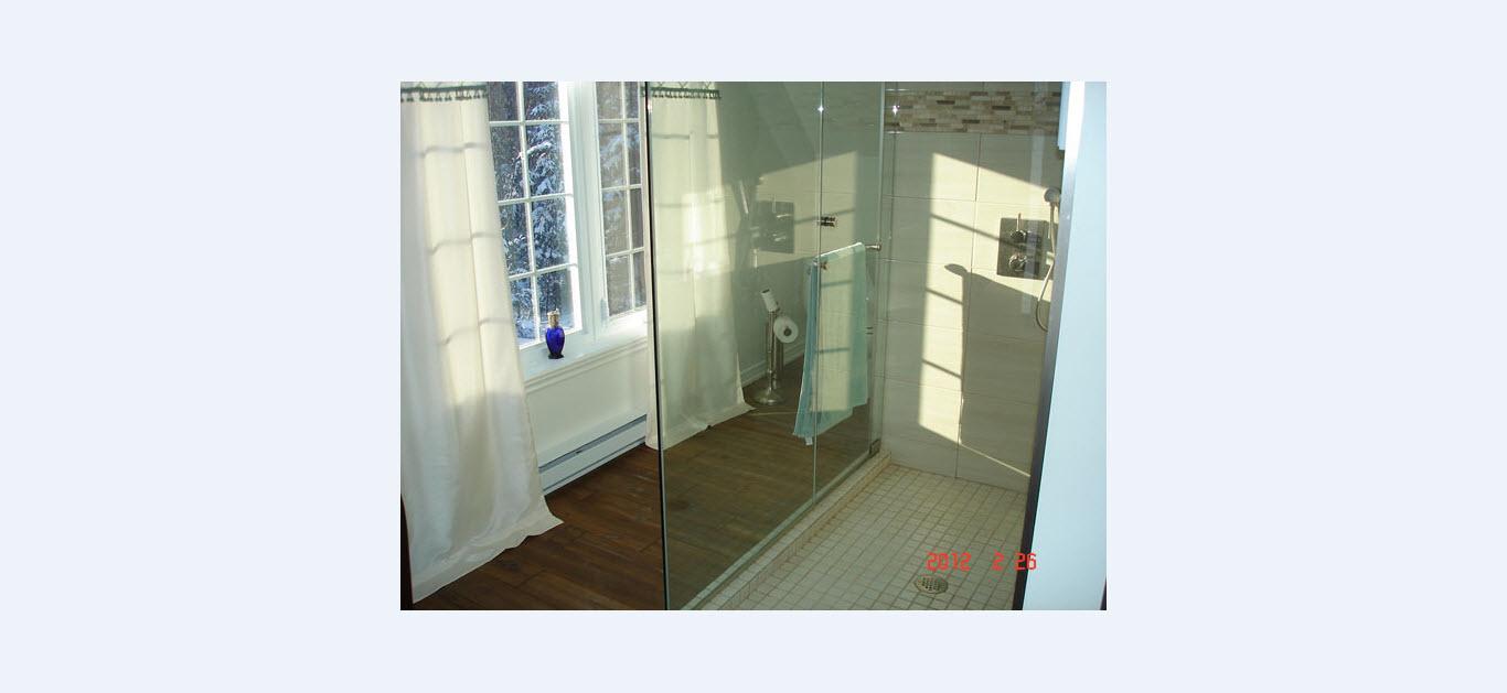 A a vitres miroirs inc montr al qc ourbis for Miroir miroir montreal