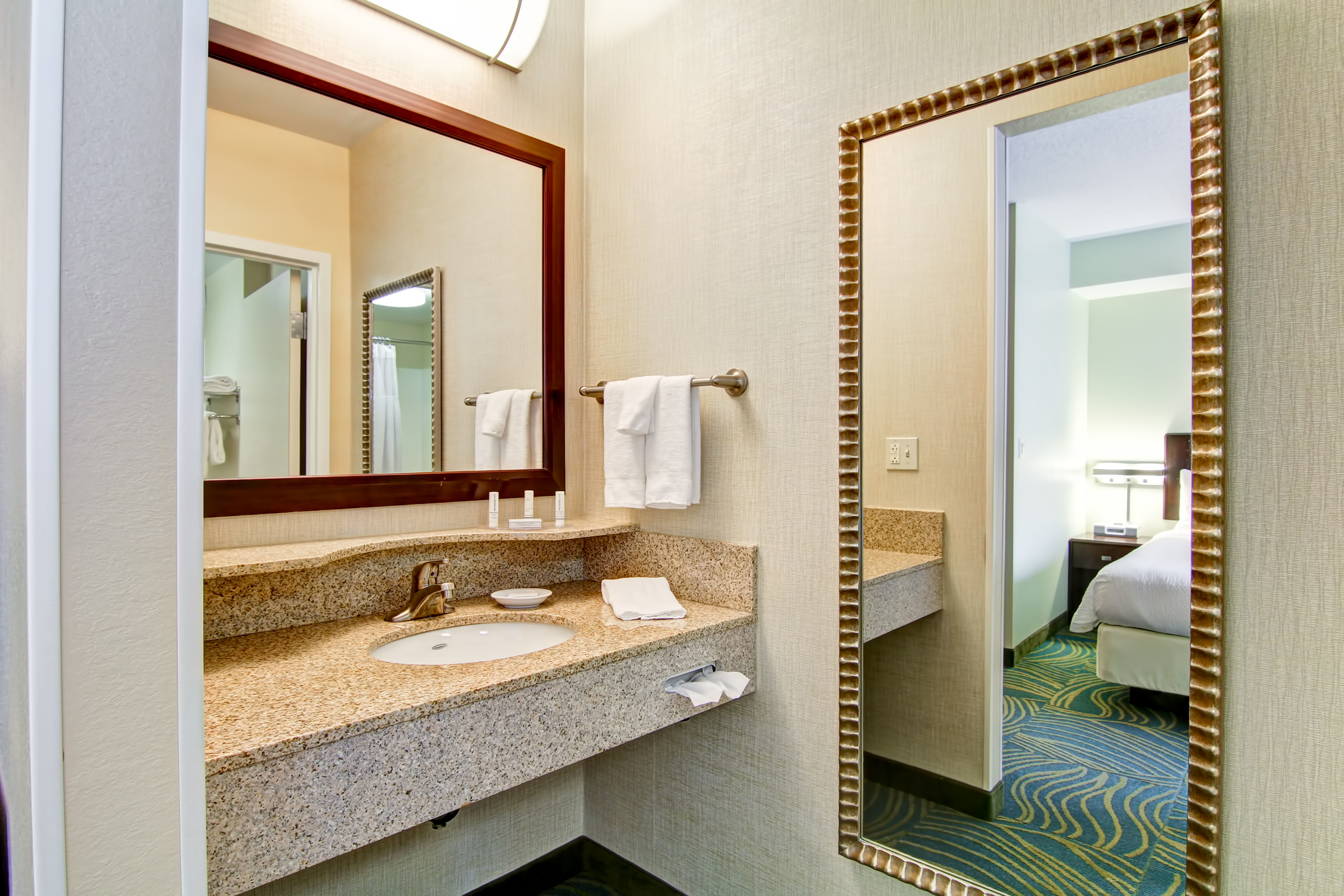 SpringHill Suites by Marriott Erie image 8