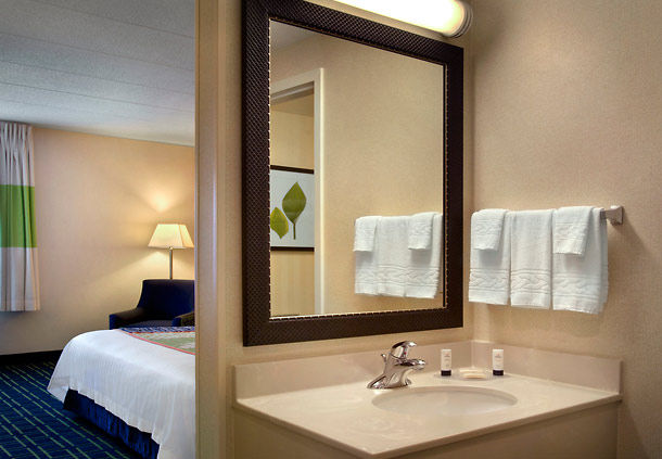 Fairfield Inn by Marriott Amesbury image 2