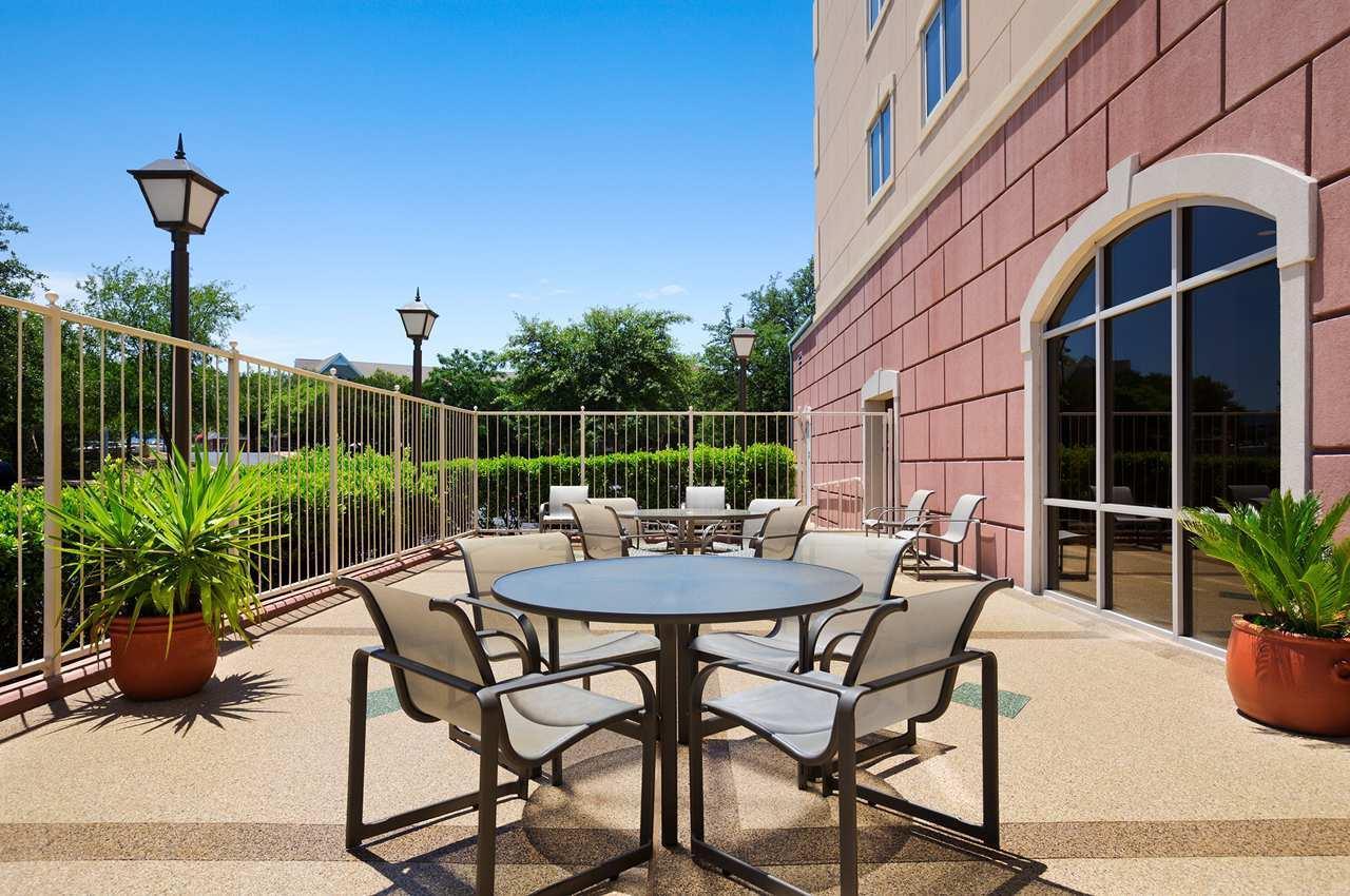 Embassy Suites by Hilton Austin Arboretum image 11