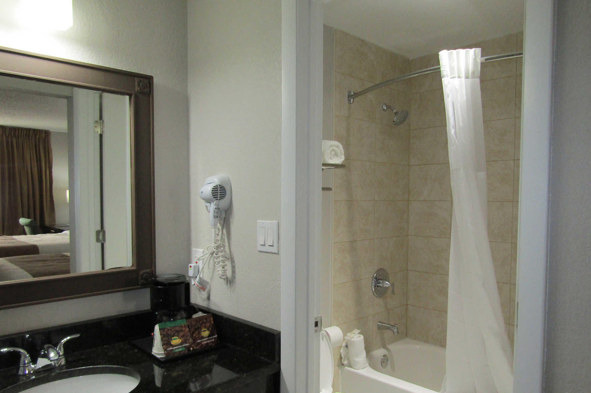 Quality Inn & Suites Kissimmee by The Lake image 25