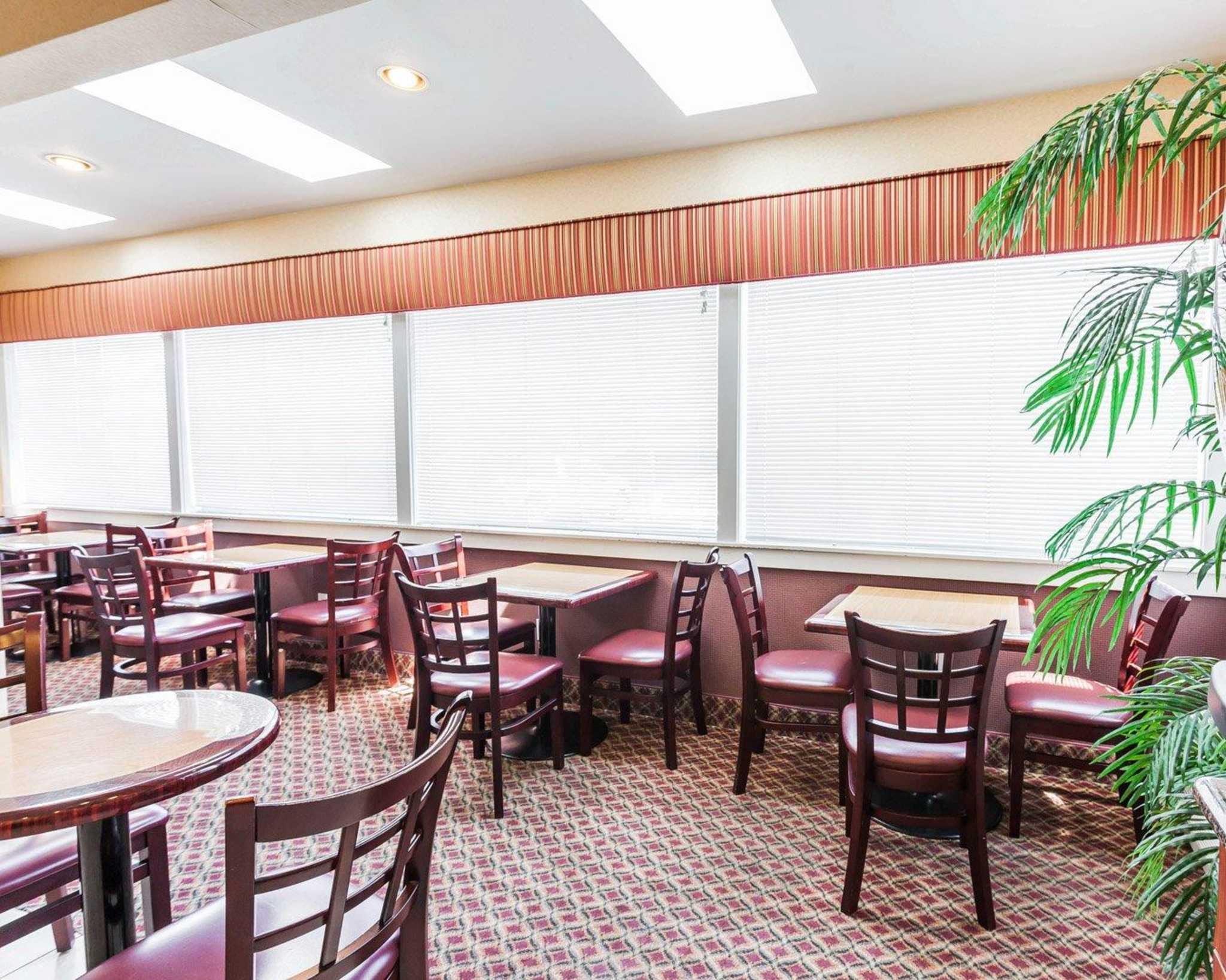 Comfort Inn Kelso - Longview image 21