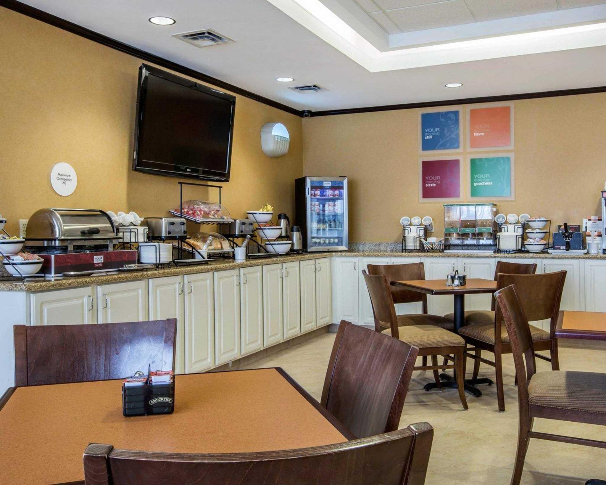 Comfort Inn & Suites adj to Akwesasne Mohawk Casino image 35