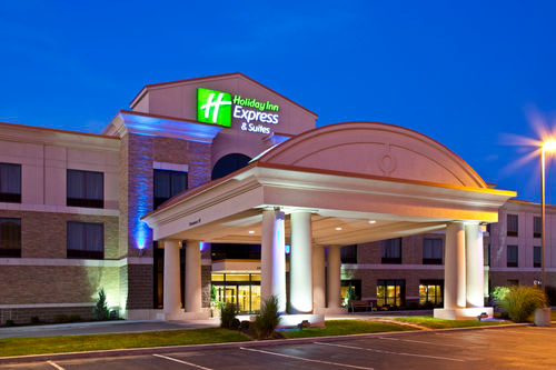 Holiday Inn Express & Suites Seymour image 4
