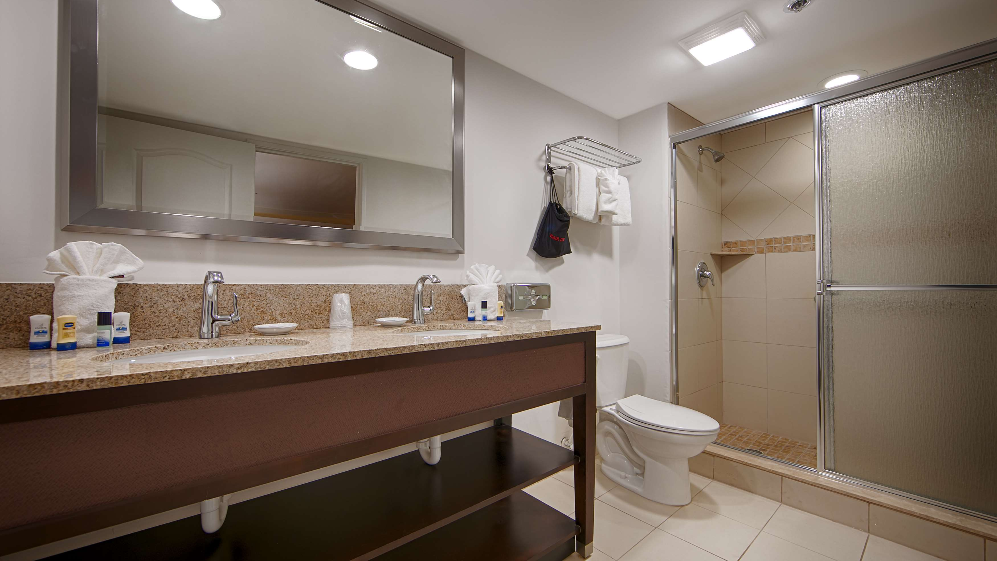 Best Western Plus Palm Beach Gardens Hotel & Suites and Conference Ct image 49