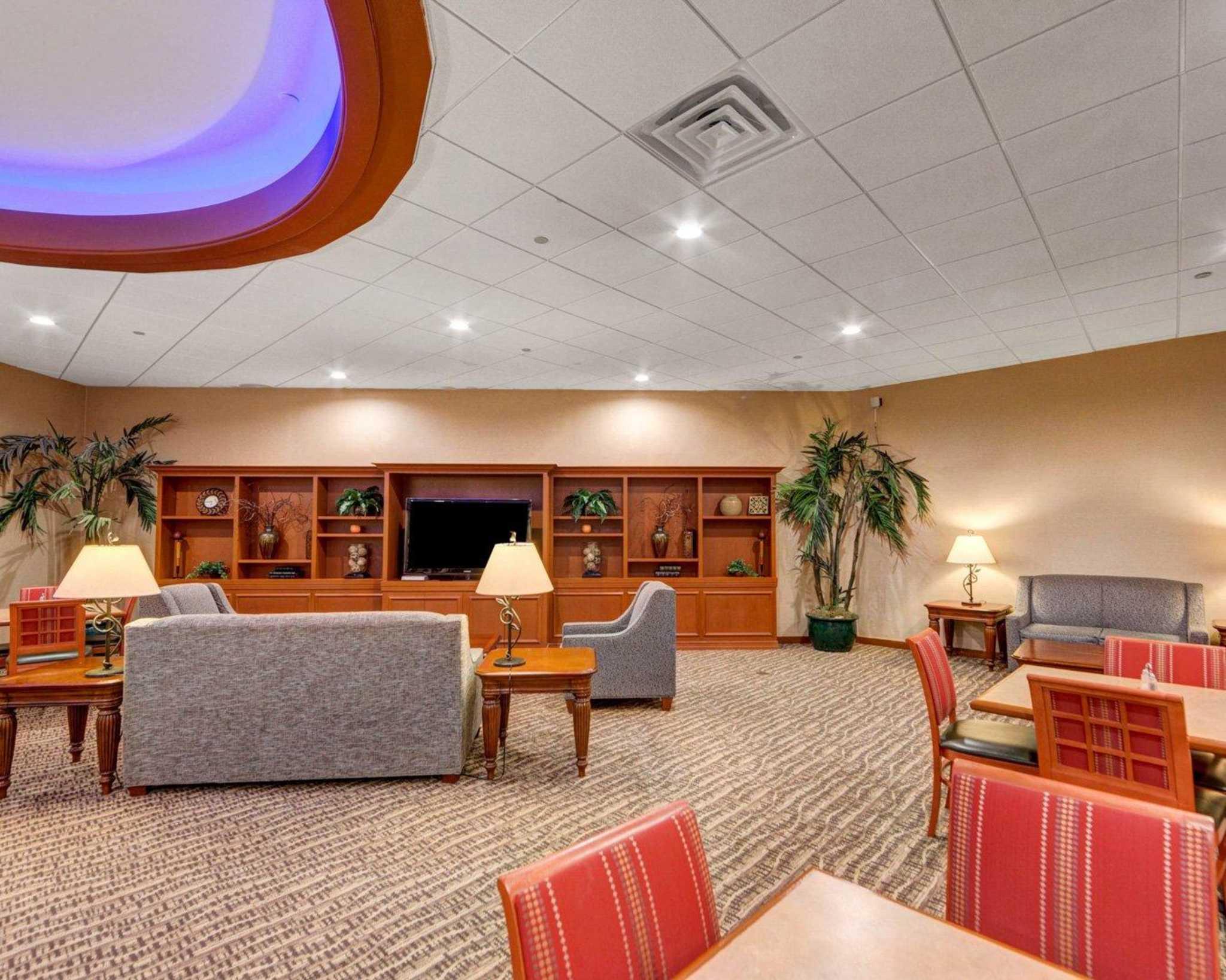 Comfort Inn & Suites Plano East image 16