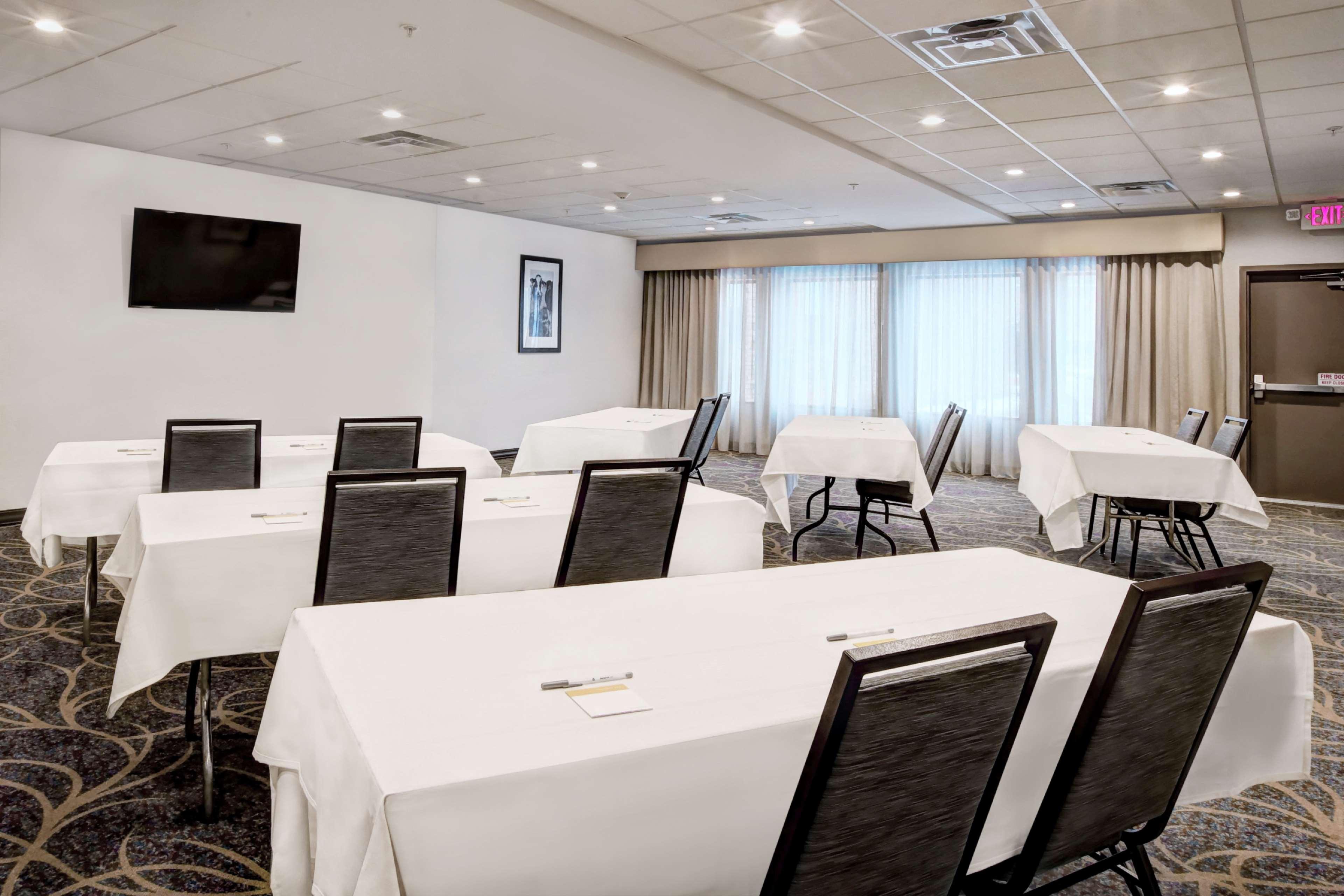Hampton Inn & Suites Baltimore/Aberdeen image 29