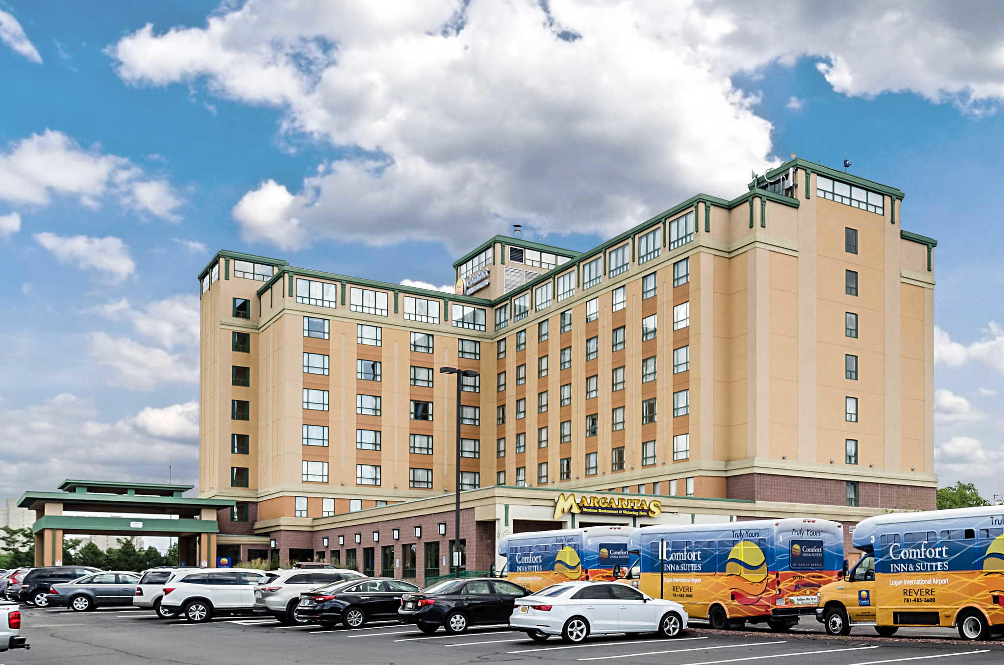 Comfort Inn Amp Suites Logan International Airport In Revere