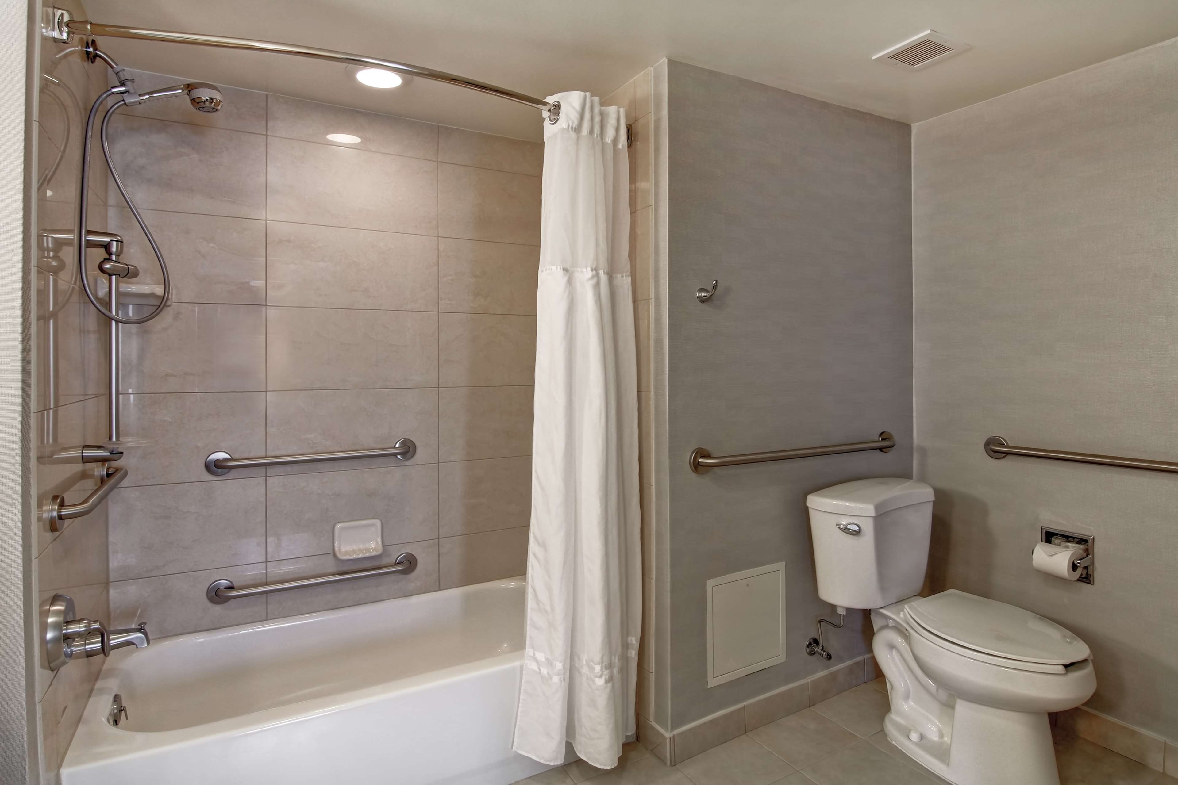 Homewood Suites by Hilton Bentonville-Rogers image 16