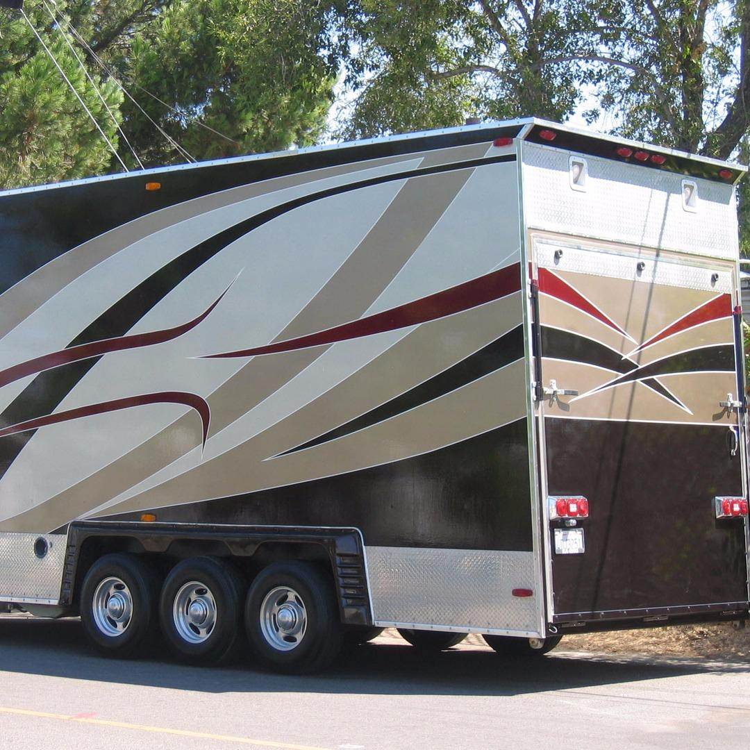 Bumpers Dents N Scratches - RV & Auto Body Paint & Repair