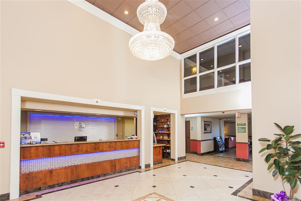 Best Western Plus Georgetown Inn & Suites image 1