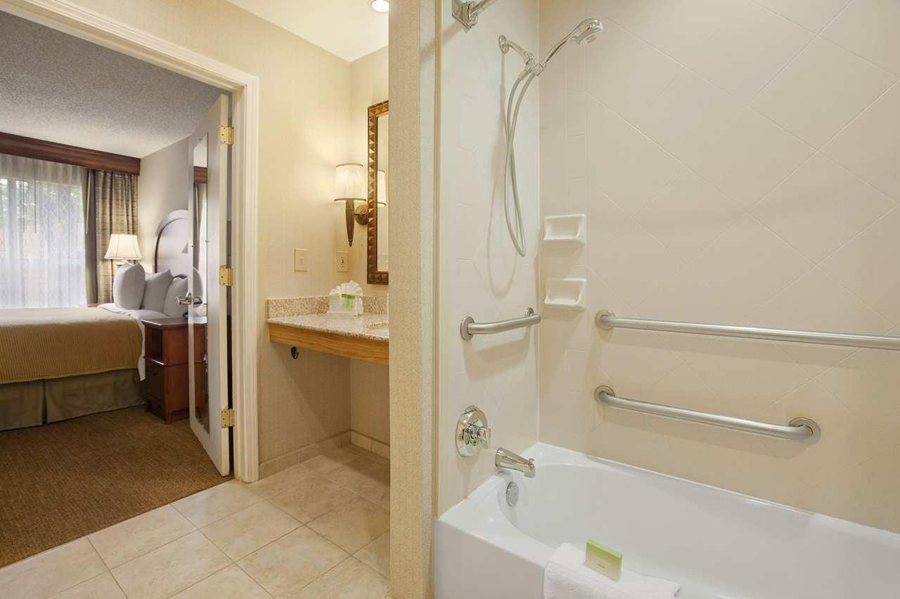 Homewood Suites by Hilton Atlanta-Galleria/Cumberland image 1