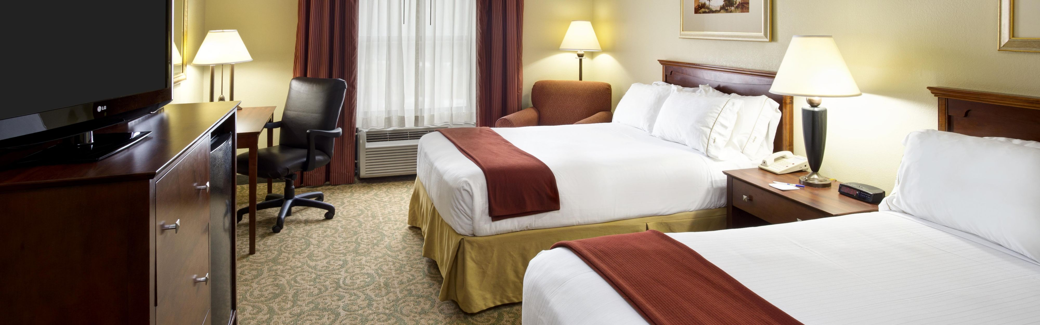 Holiday Inn Express Breaux Bridge/Henderson image 1