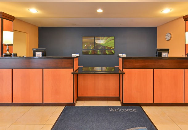 Fairfield Inn & Suites by Marriott Columbus Hilliard image 1