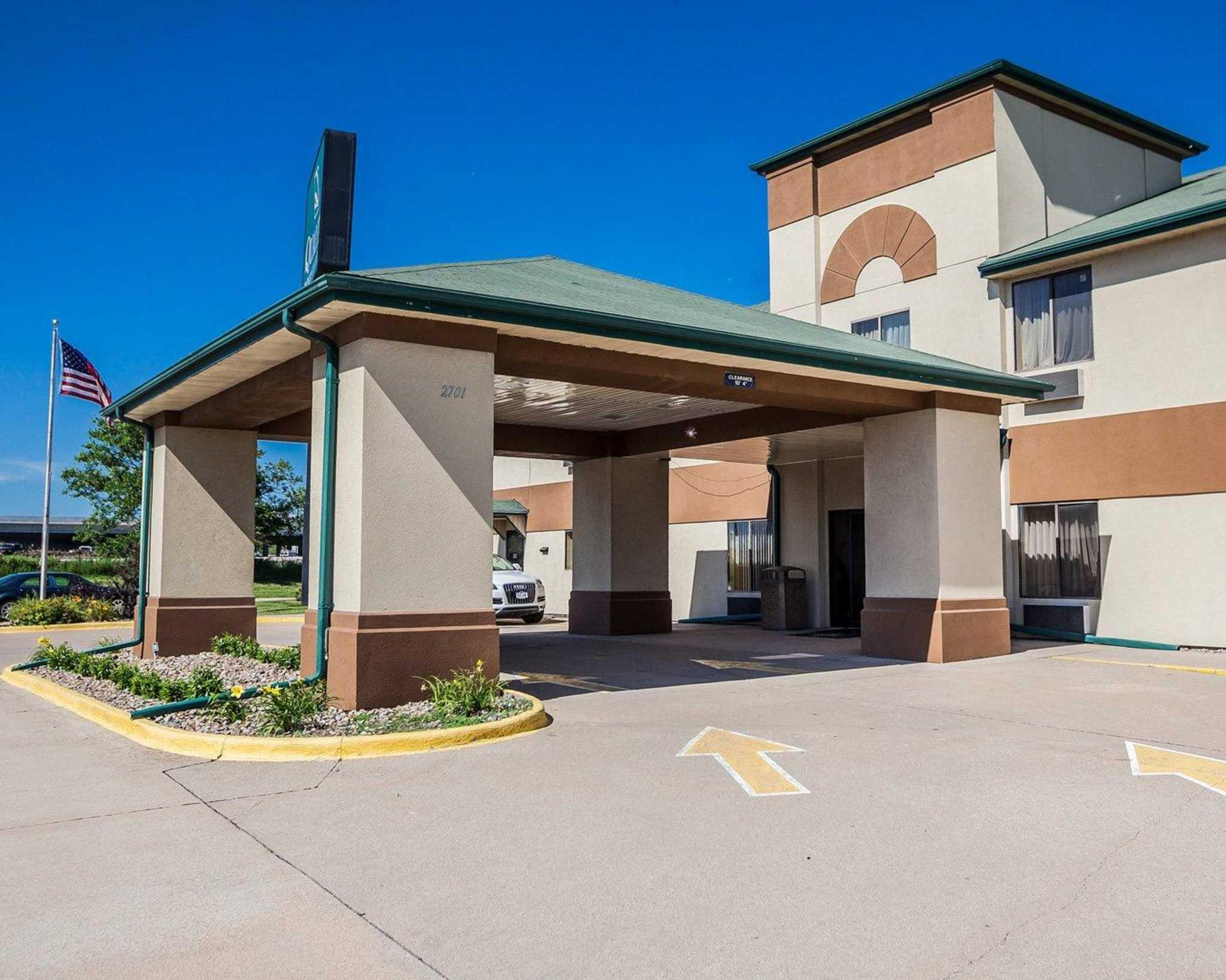 Quality Inn & Suites Altoona - Des Moines image 3