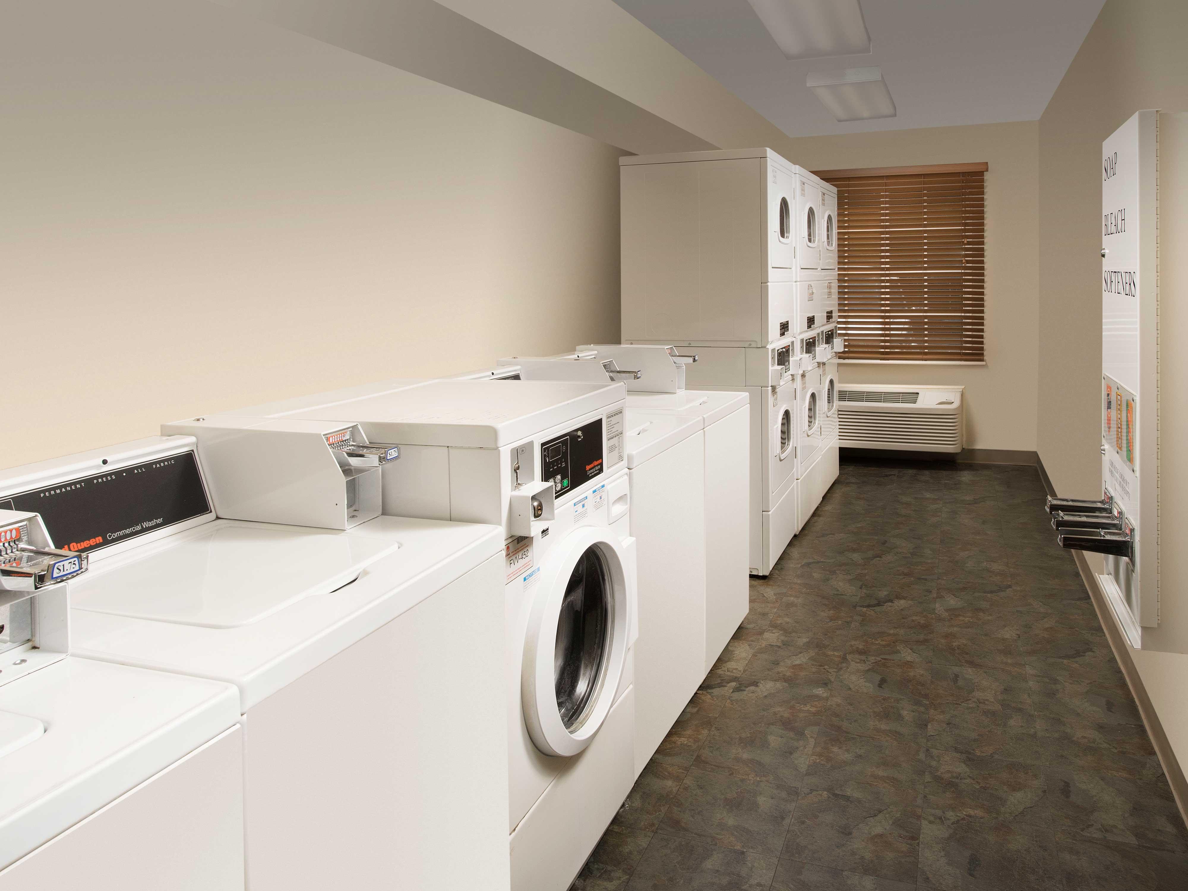 WoodSpring Suites Columbia Lexington image 19