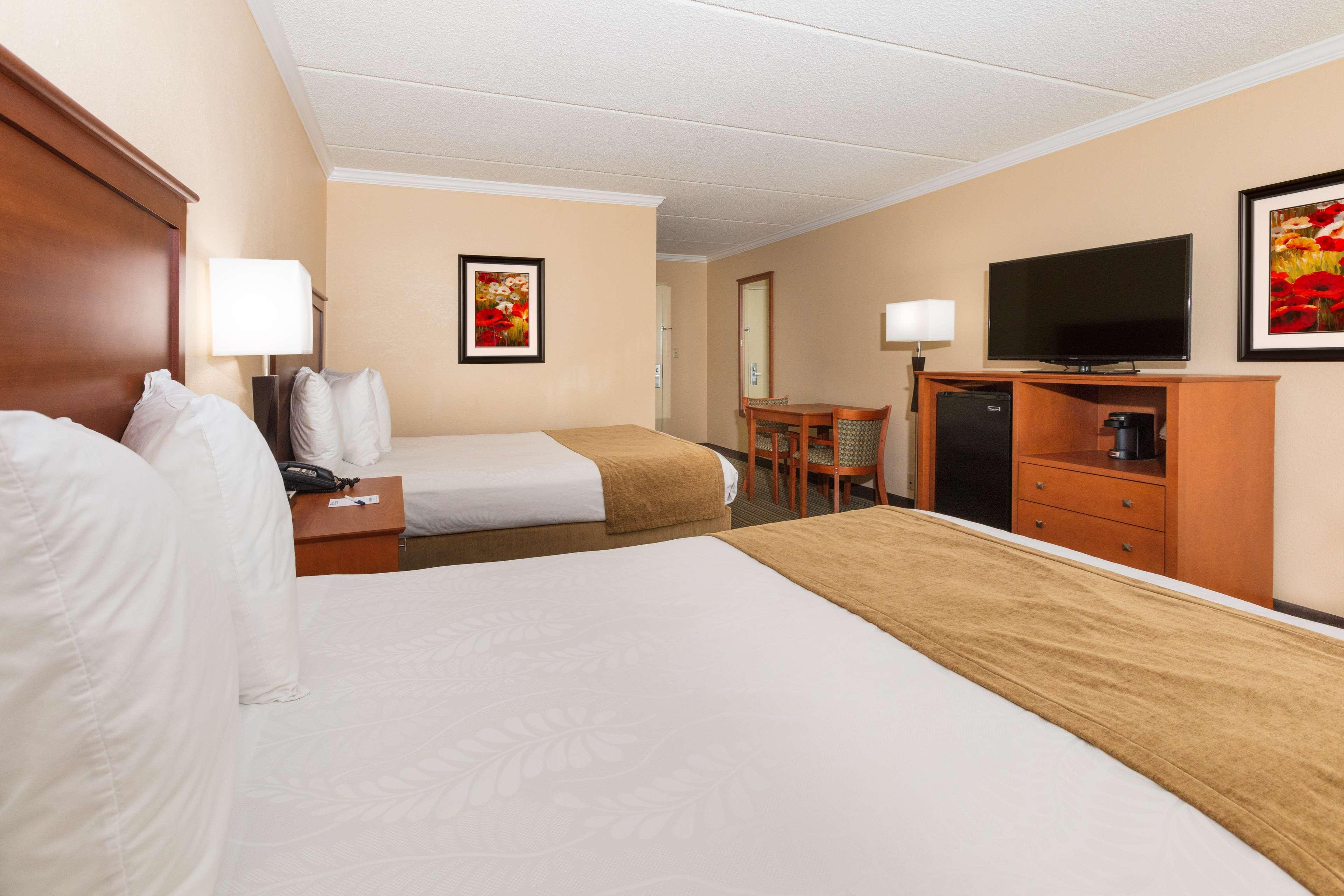 Best Western International Speedway Hotel image 25