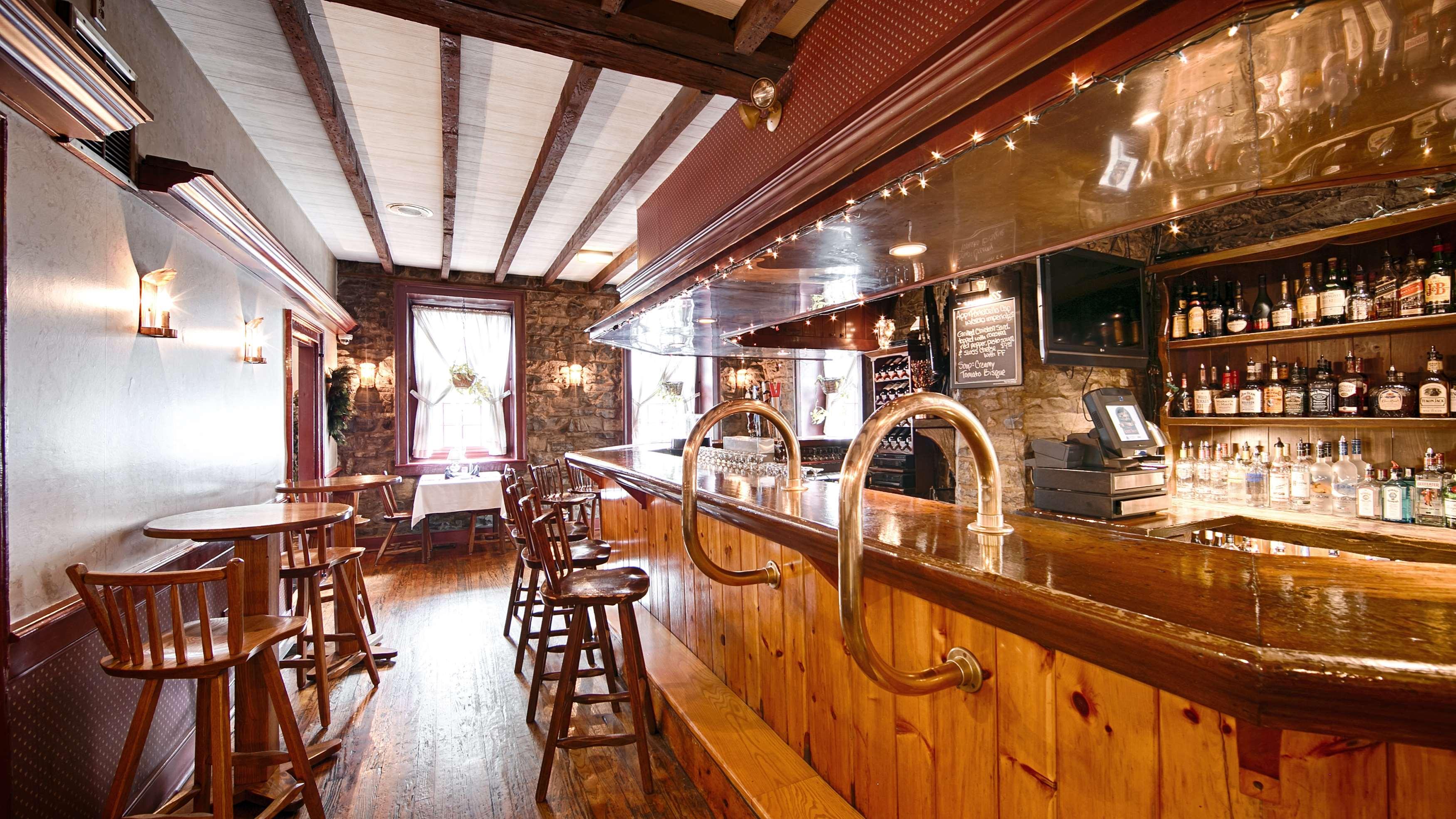 Best Western Plus Revere Inn & Suites image 14