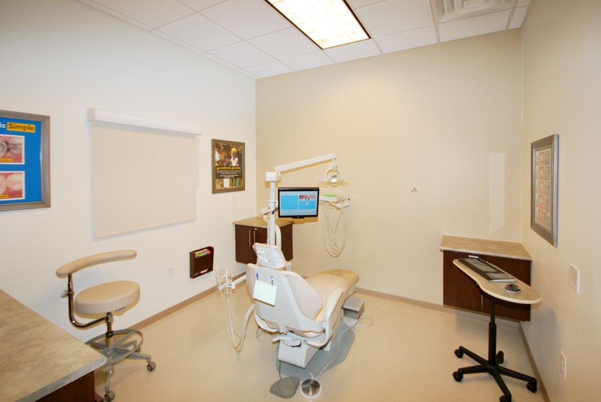 Plano Modern Dentistry image 6