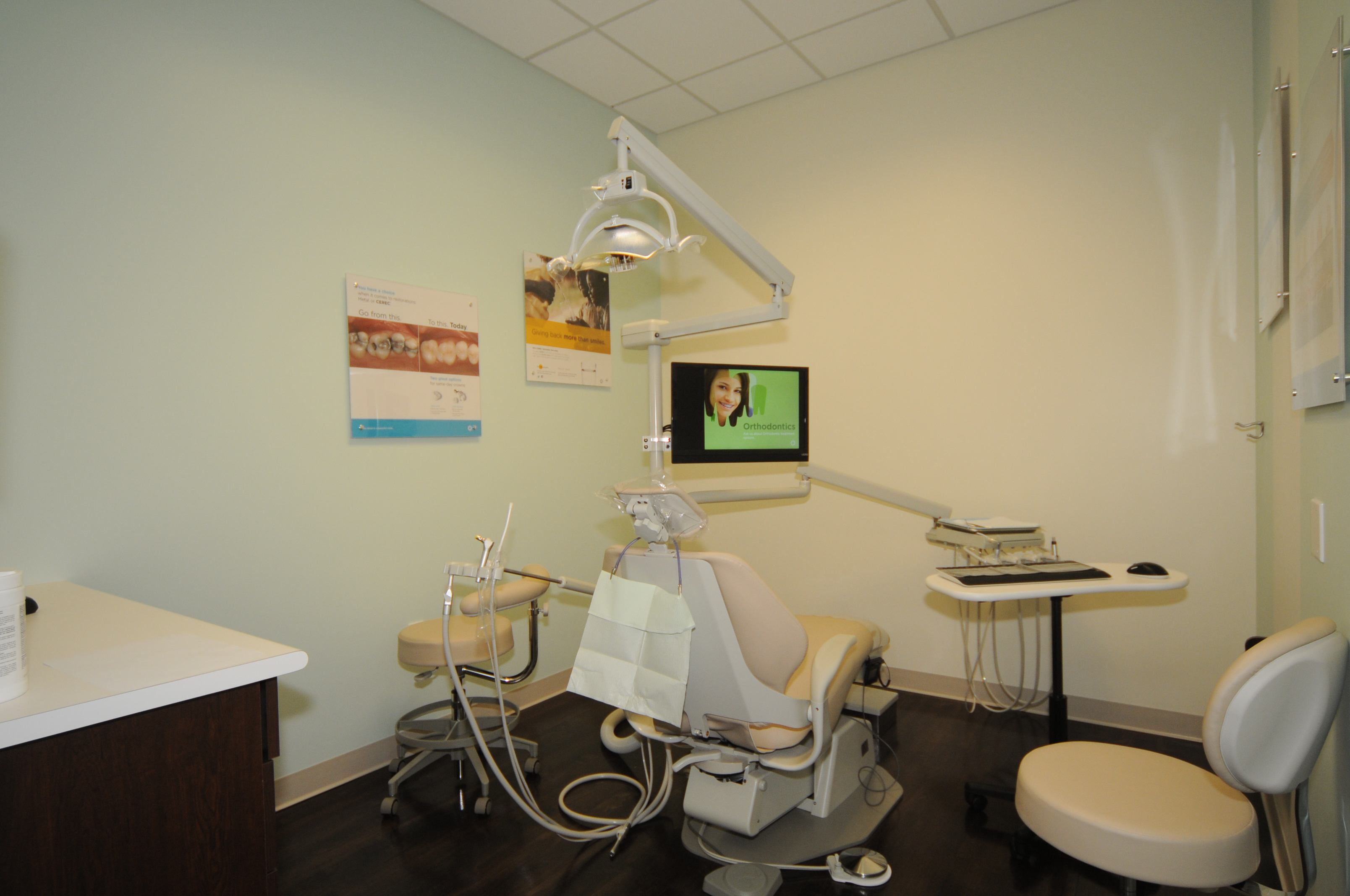 Lynnwood Crossroads Modern Dentistry and Orthodontics image 8