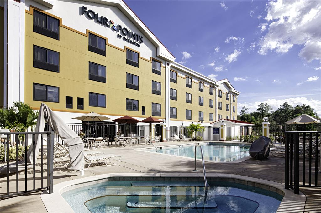 Four Points by Sheraton Fort Myers Airport image 6