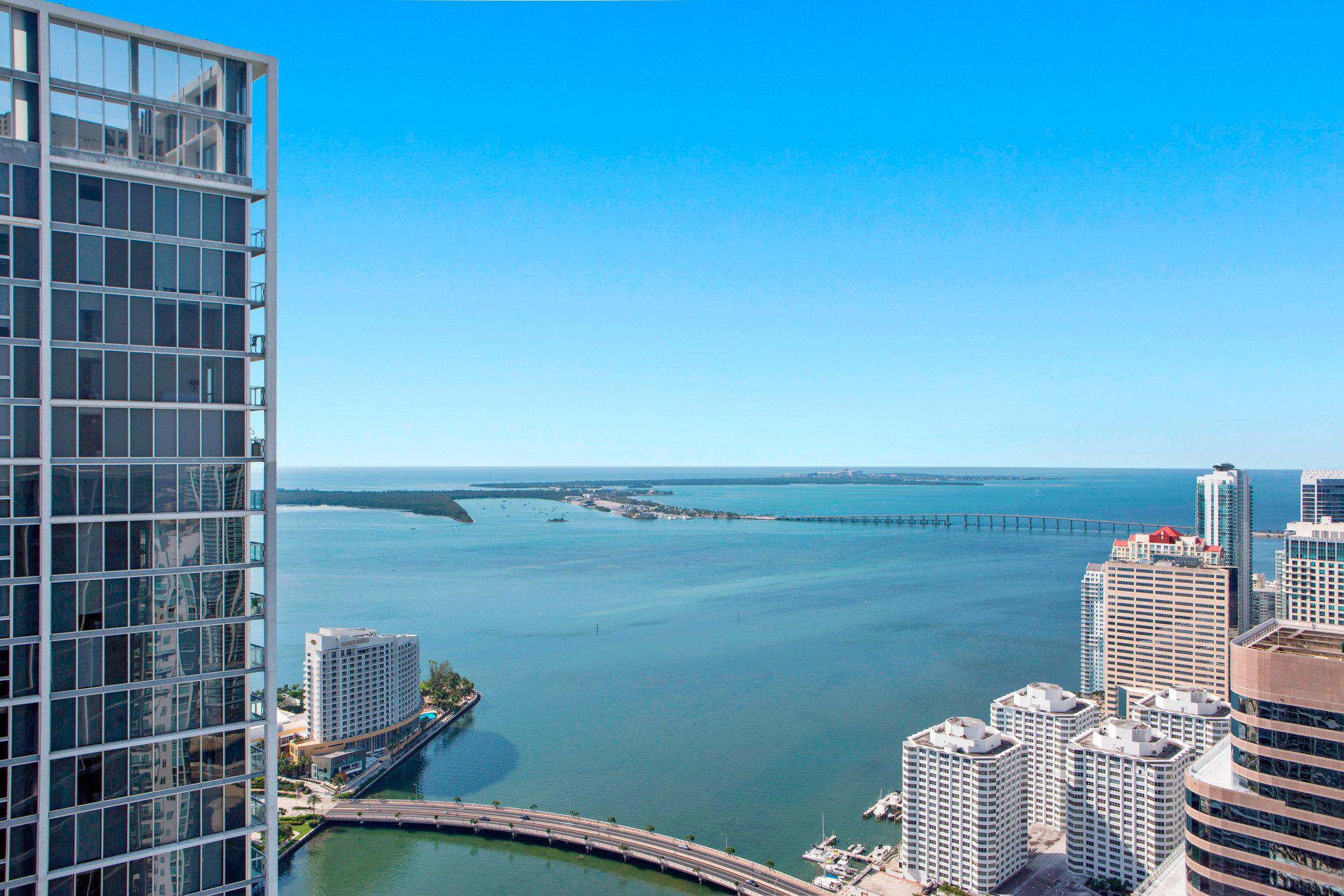 W Miami