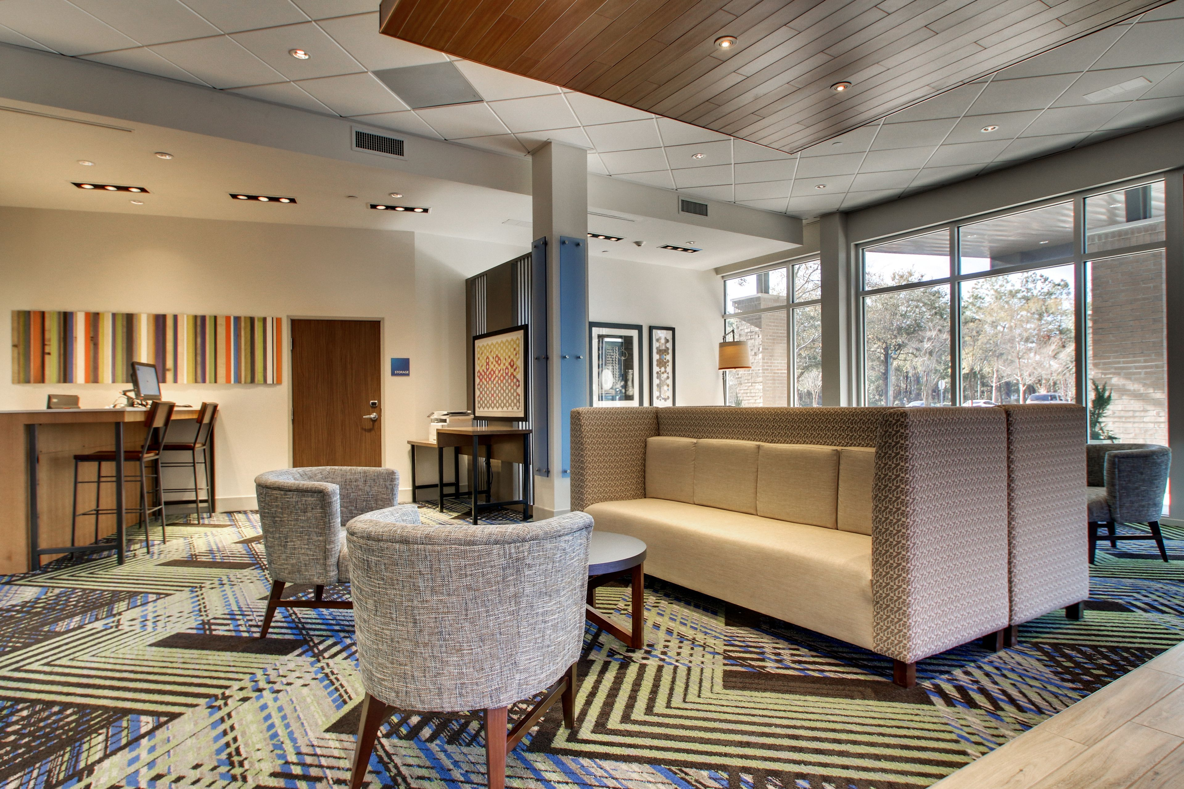 Holiday Inn Express & Suites Summerville image 7