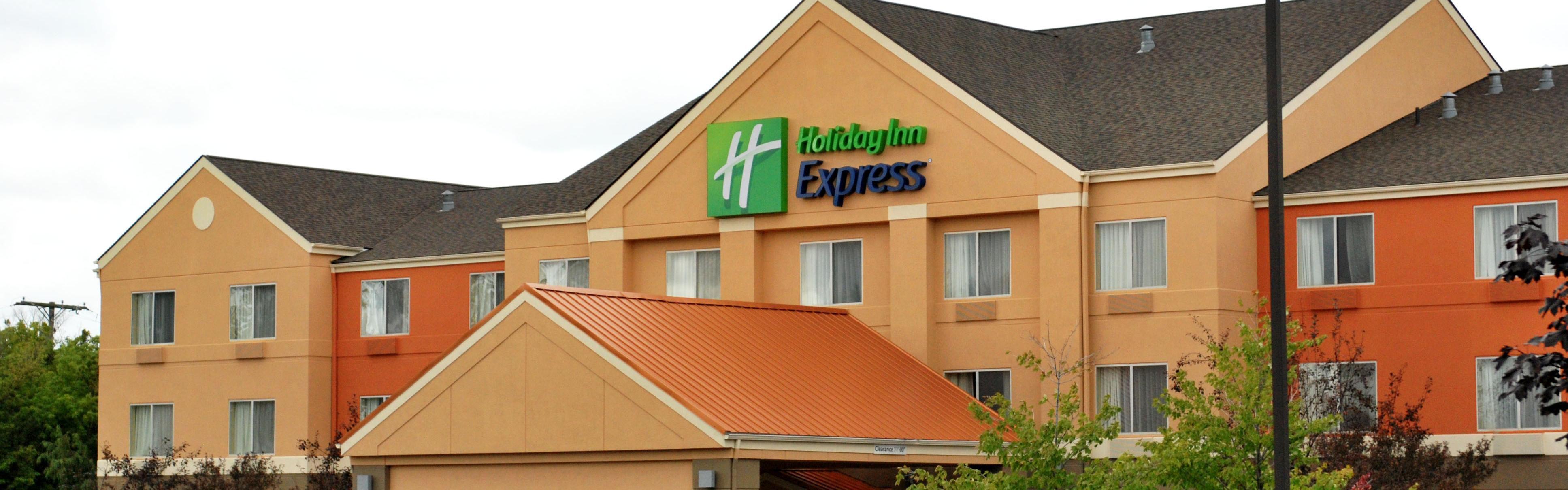 Holiday Inn Express Lapeer image 0