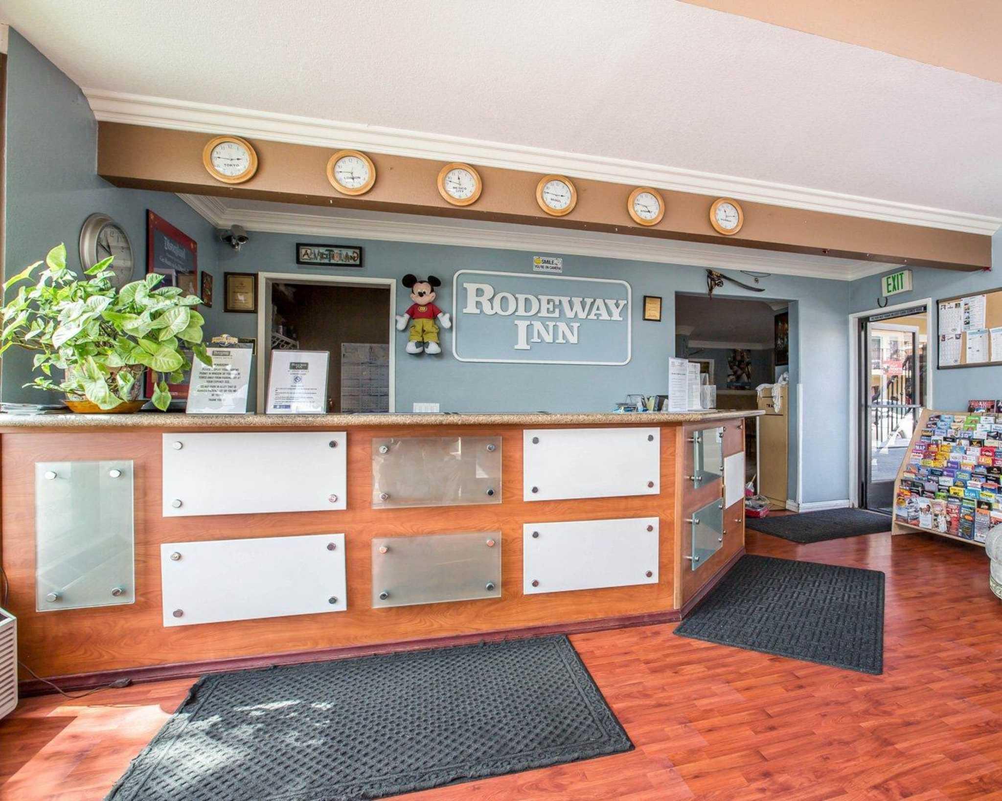 Rodeway Inn & Suites Near Convention Center image 12