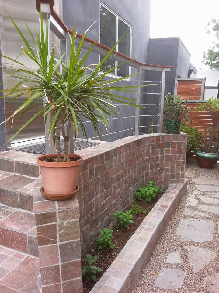 Flores Landscaping image 8
