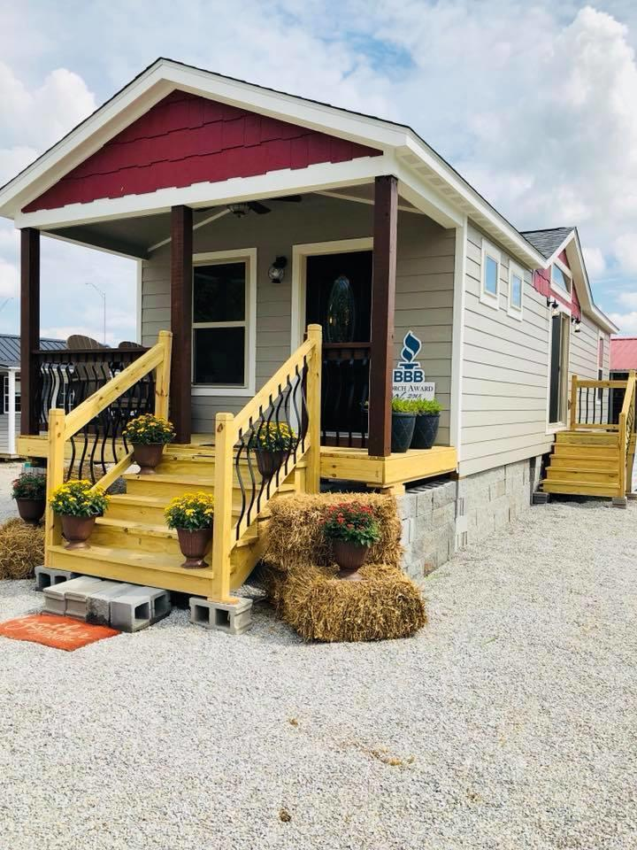 USA PORTABLE BUILDINGS / Amish Made, LLC image 1