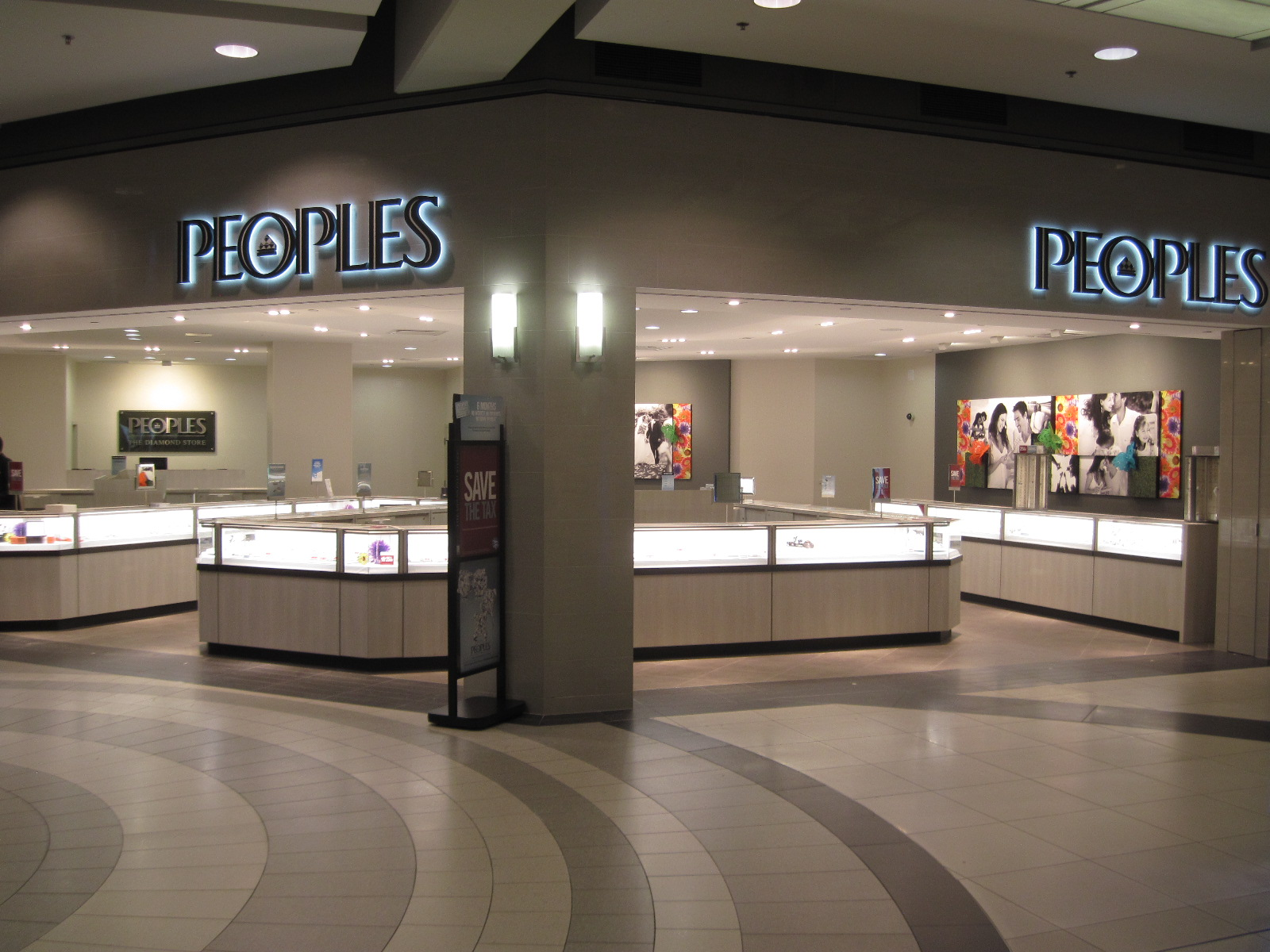 Peoples Jewellers in Etobicoke