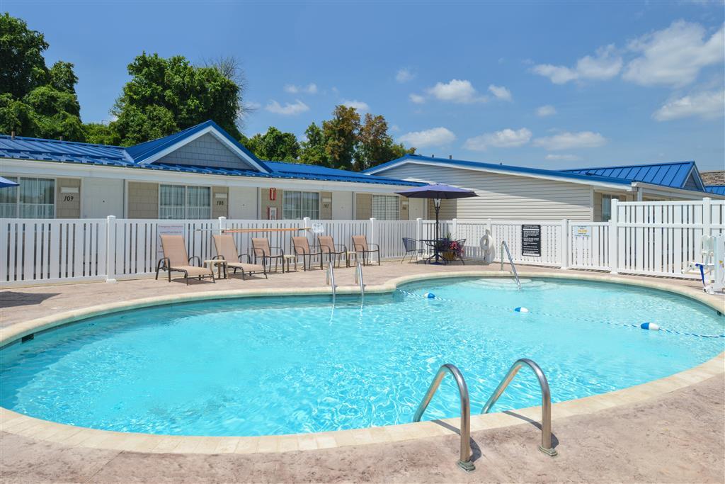 Americas Best Value Inn - St. Clairsville/Wheeling image 25